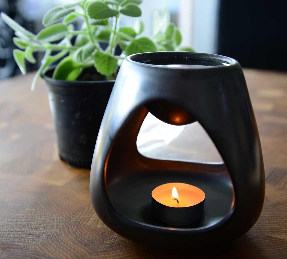 Zbytek odvaru rýmovníku můžete dát do aromalampy a nechat provonět celý byt