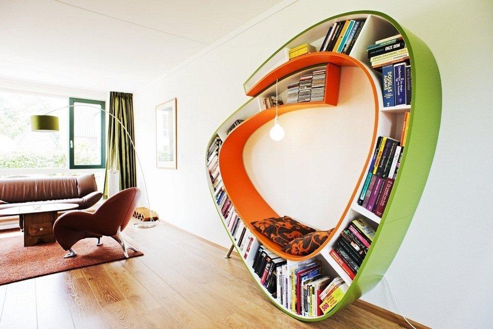 V knihovně si můžete i posedět.