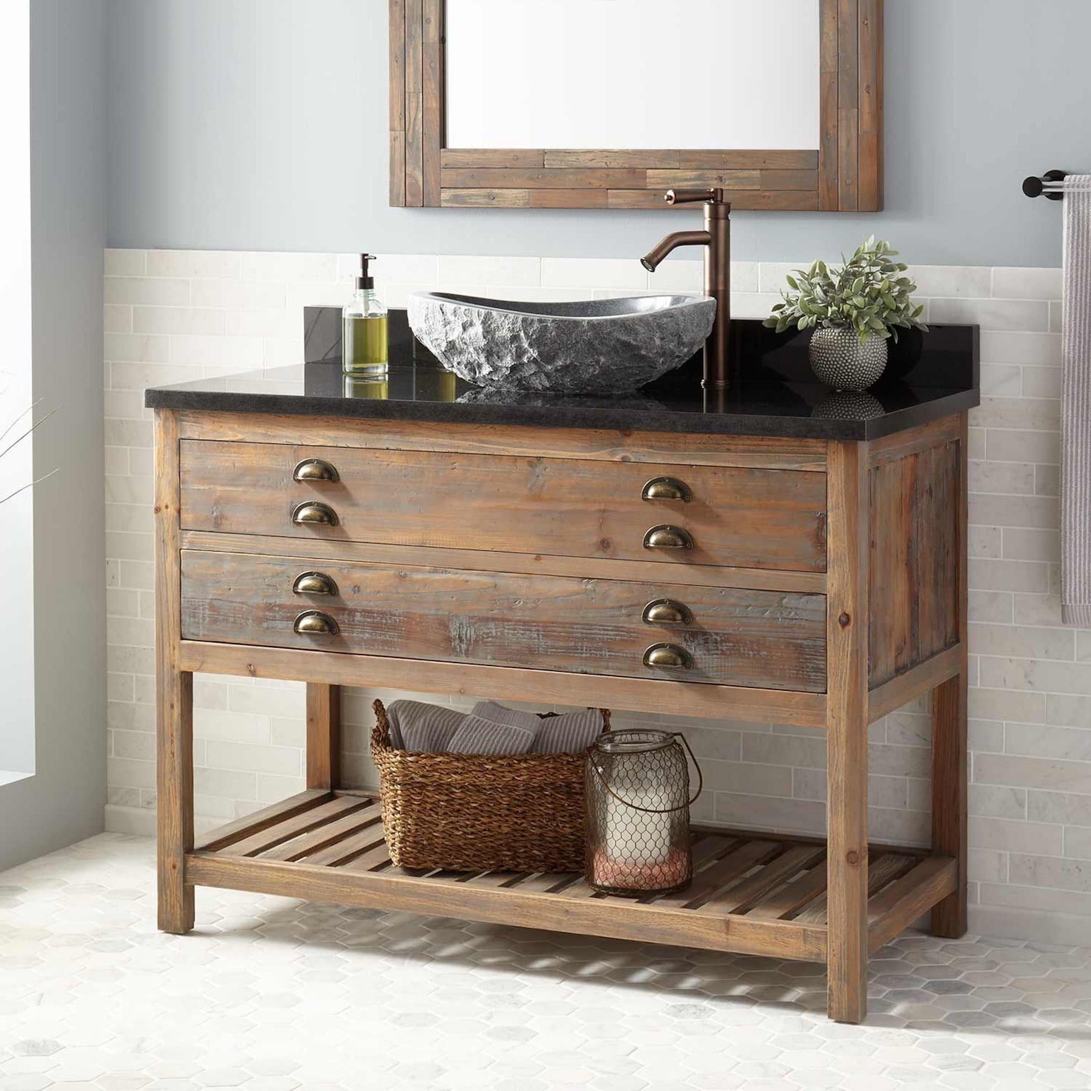 Vybrat nábytek do koupelny je dnes velmi lehké. Moderní trh nabízí velký výběr různých modelů. Ale i zde je pár úskalí, které byste měli znát. Poradíme, jak se vyhnout tomu, abyste se stali rukojmími svého vlastního špatného rozhodnutí ohledně kvality zakoupeného nábytku do koupelny.