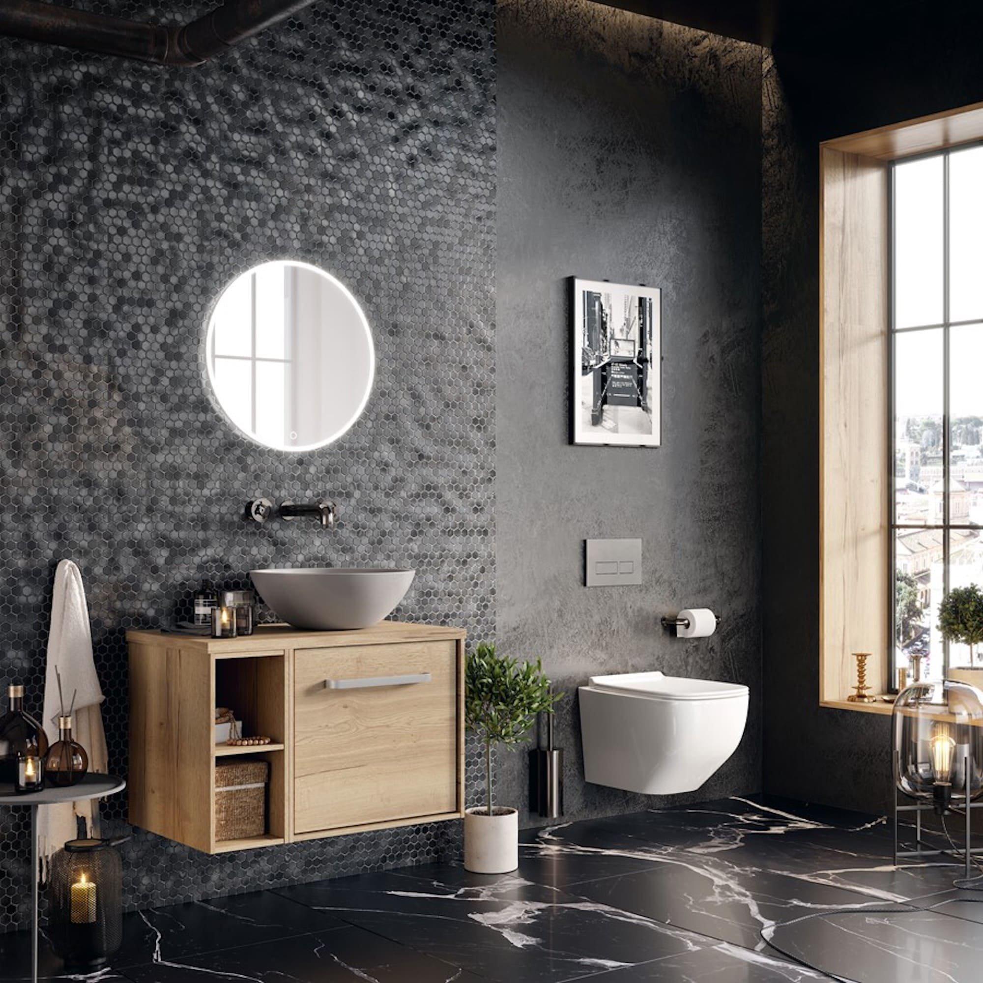 Přemýšlíte, v jaké barvě zařídíte koupelnu a líbí se vám černá? Aby ne, je to barva elegance a luxusu. Černé se v koupelně nemusíte vyhýbat, pokud dodržíte pár základních pravidel, která najdete v našem článku.