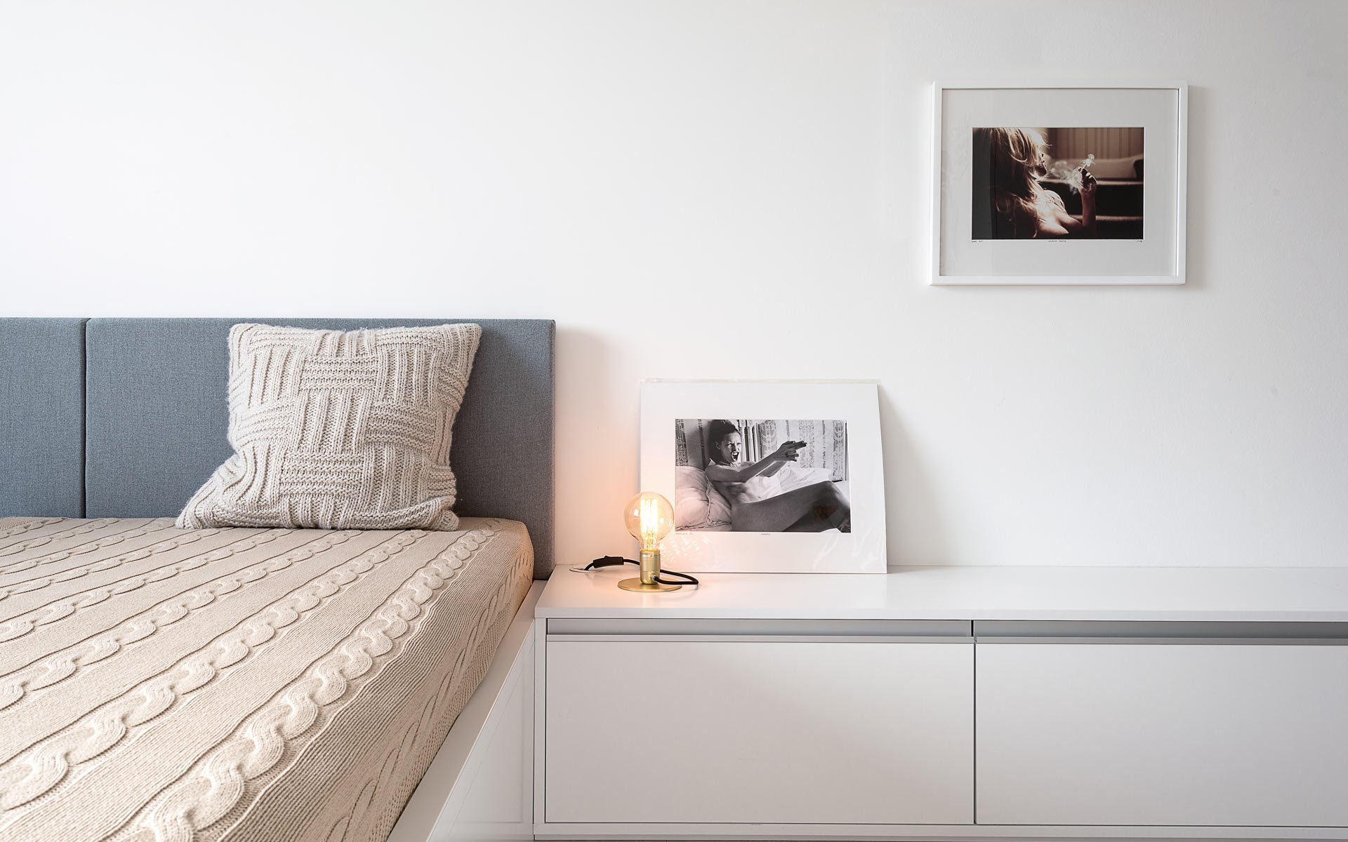 Uspořádání malého bytu se zdá být jednoduché. Malá plocha, méně starostí? Naopak! V malém bytě je velmi snadné udělat i základní chyby, které místo zvětšení celý prostor ještě více zmenší.