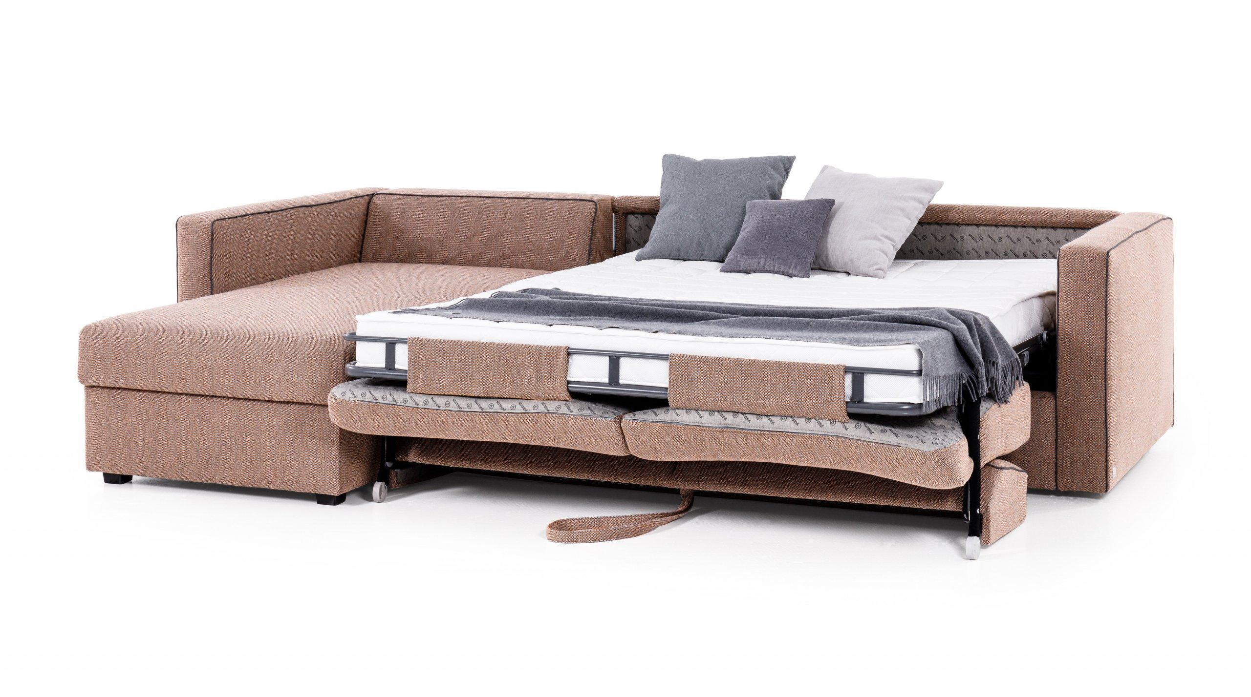 Bojujete ve svém bytě s každým centimetrem? Noc co noc se tísníte na úzké sedačce v obýváku, protože velká postel by vám zabrala spoustu místa? Proč tedy nevyužít dnešní moderní nábytek, který poskytuje spoustu vychytávek? V článku vám představíme rozkládací pohovky, které můžete využít pro každodenní spaní.