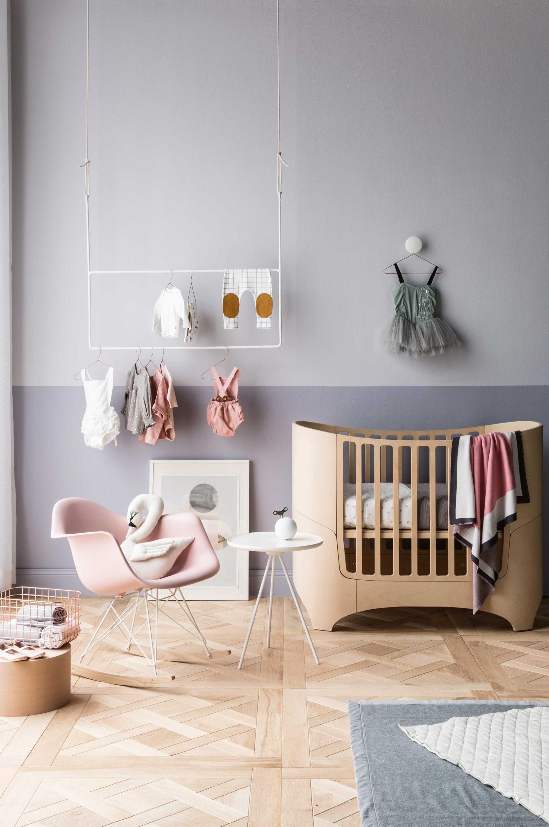 Tlumené tóny a pastelové barvy jsou pro miminka tou nejlepší volbou.