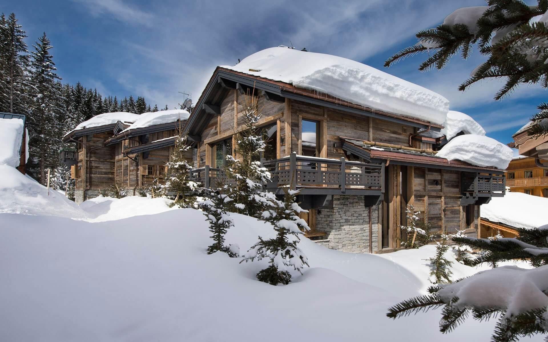Pomalu, ale jistě, se blíží doba, kdy si budeme opět vybírat to nejlepší lyžařské středisko s ubytováním, které bude komfortní, útulné a ideální k relaxaci. A pokud ještě žádné takové místo pro svůj nejoblíbenější zimní sport nemáte vybrané, nebo pokud máte chuť na změnu, máme pro vás malý tip.