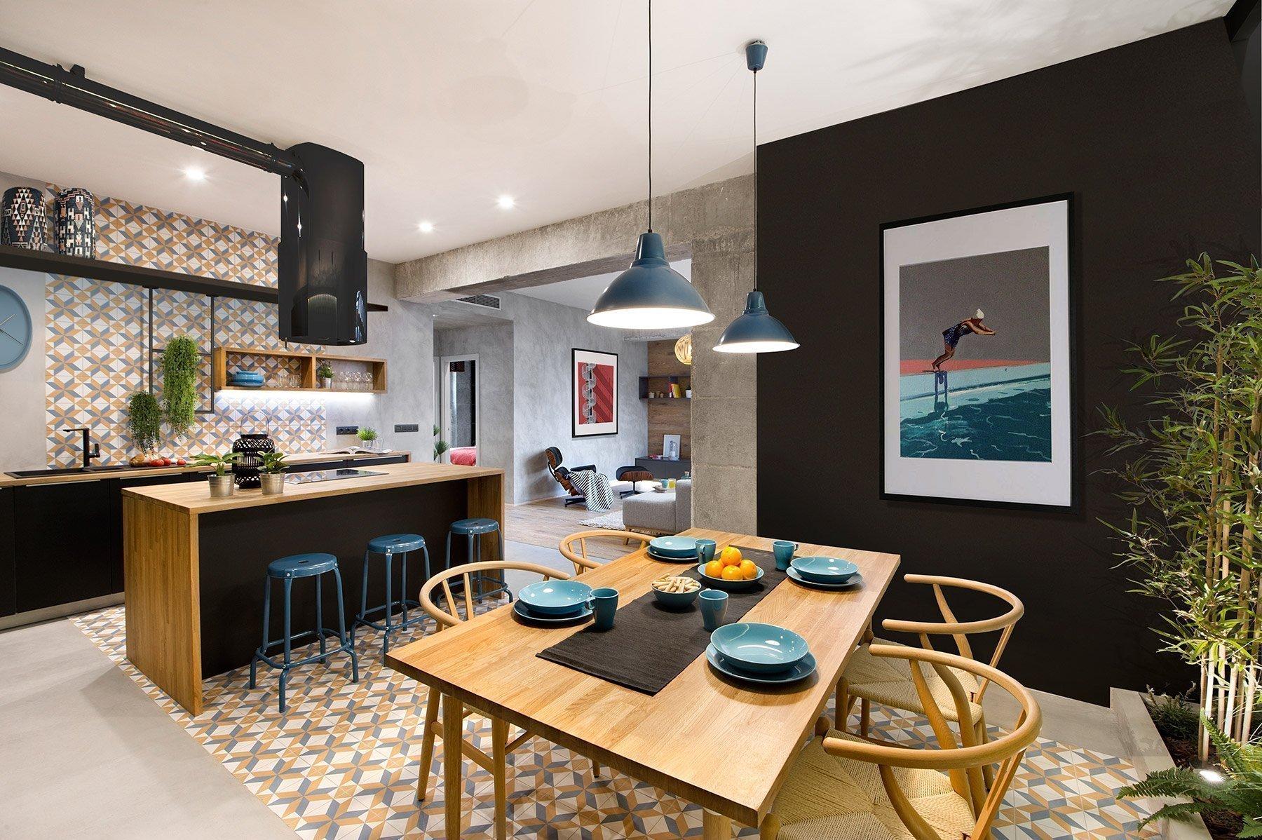 Jednoduché a přesto útulné a praktické bydlení se nachází v samém srdci Barcelony. Městu, které je známé také díky originálním stavbám architekta Antoni Gaudího.