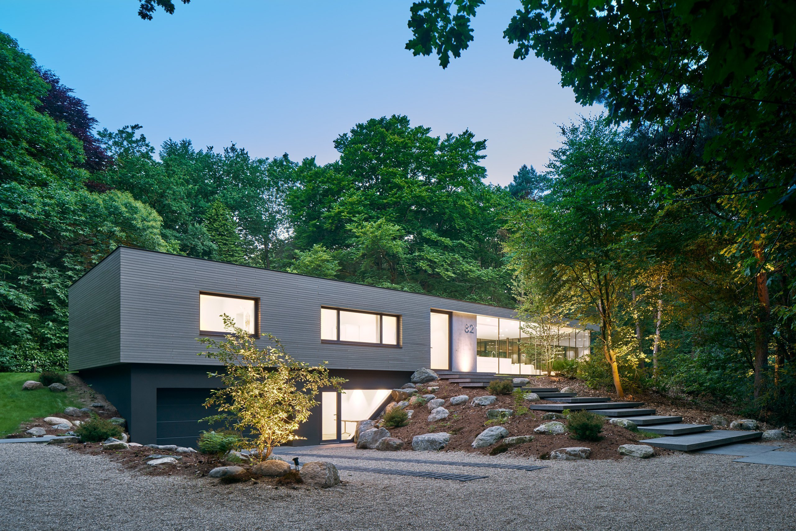 Moderní vila v lese