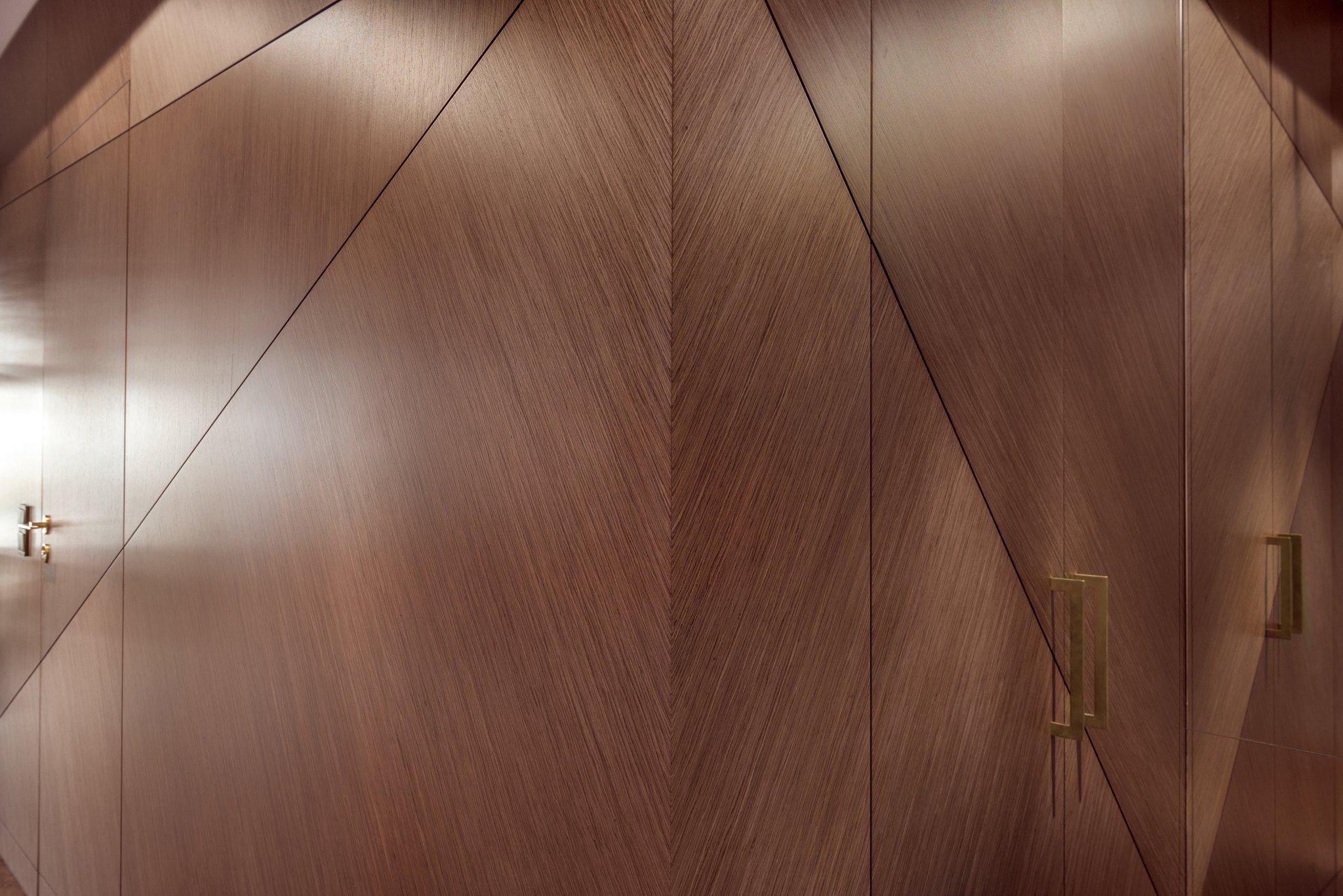 Byt plný dřeva