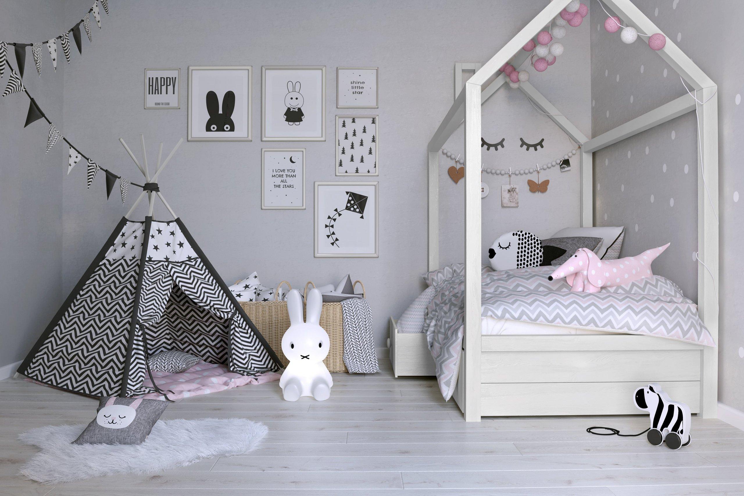 Mnoho z nás se zamilovalo do skandinávského stylu v bydlení. Působí klidně, relaxačně, hravě, ale přesto vkusně. Pokud se vám tento styl zamlouvá a máte jím zařízený byt, místnost pro vaše malé děti tak můžete zařídit také.