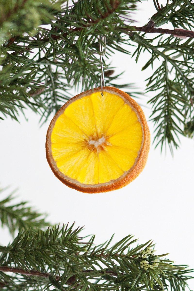 Vánoční ozdoby ze sušeného ovoce