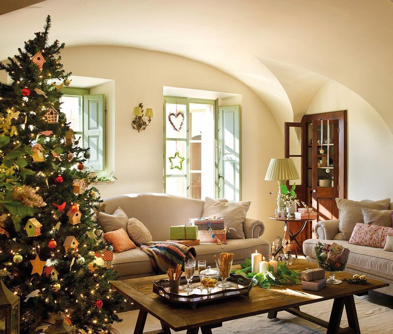 Říká se, že svátky na venkově jsou jiné, než ty ve městě. Přesvědčila se o tom i Ester, která se spolu se svou rodinou intenzivně připravuje na jejich první Vánoce v nově zrekonstruovaném domě. Přesněji, jde o venkovskou usedlost, která byla více než čtyřicet let opuštěna.