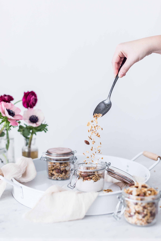 Kokosovo-mandlová granola