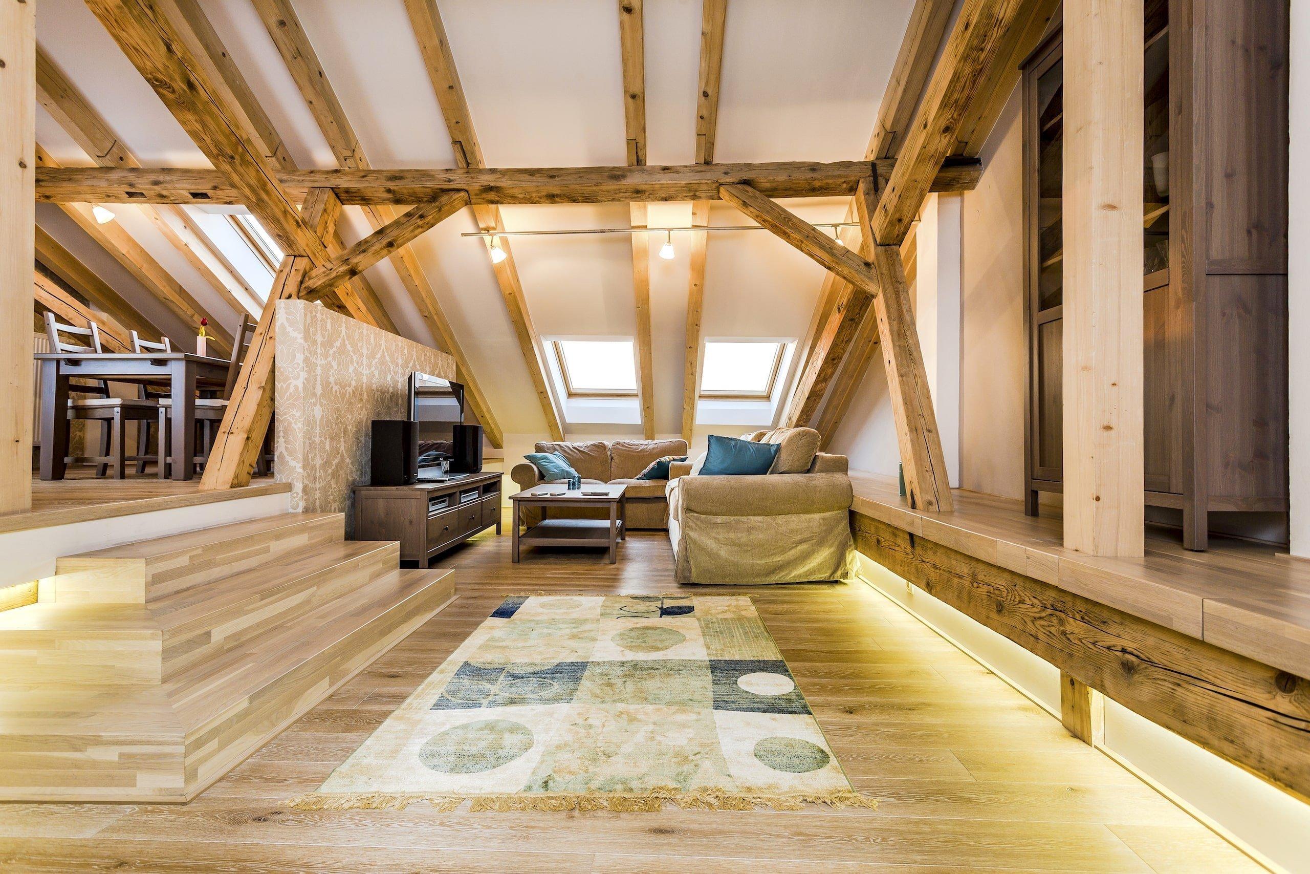 Ze staré půdy vzniklo luxusní bydlení pod hvězdami