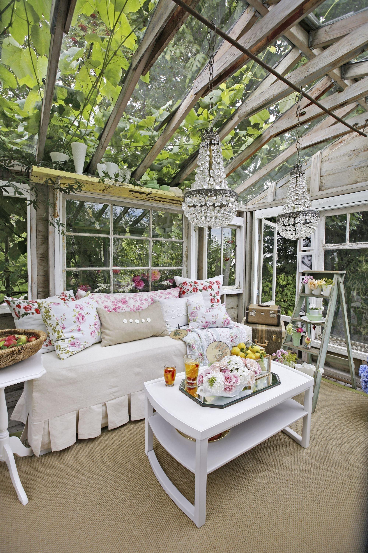 Zahradní domek jako dámské útočiště