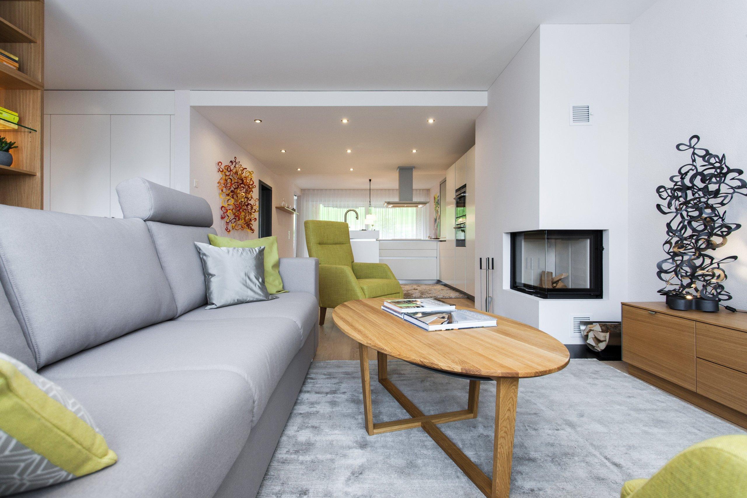 Byt 3+kk ve švýcarském Heidenu je součástí malého bytového komplexu zasazeného do krásného prostředí plného zeleně.V interiéru je kladen důraz na…