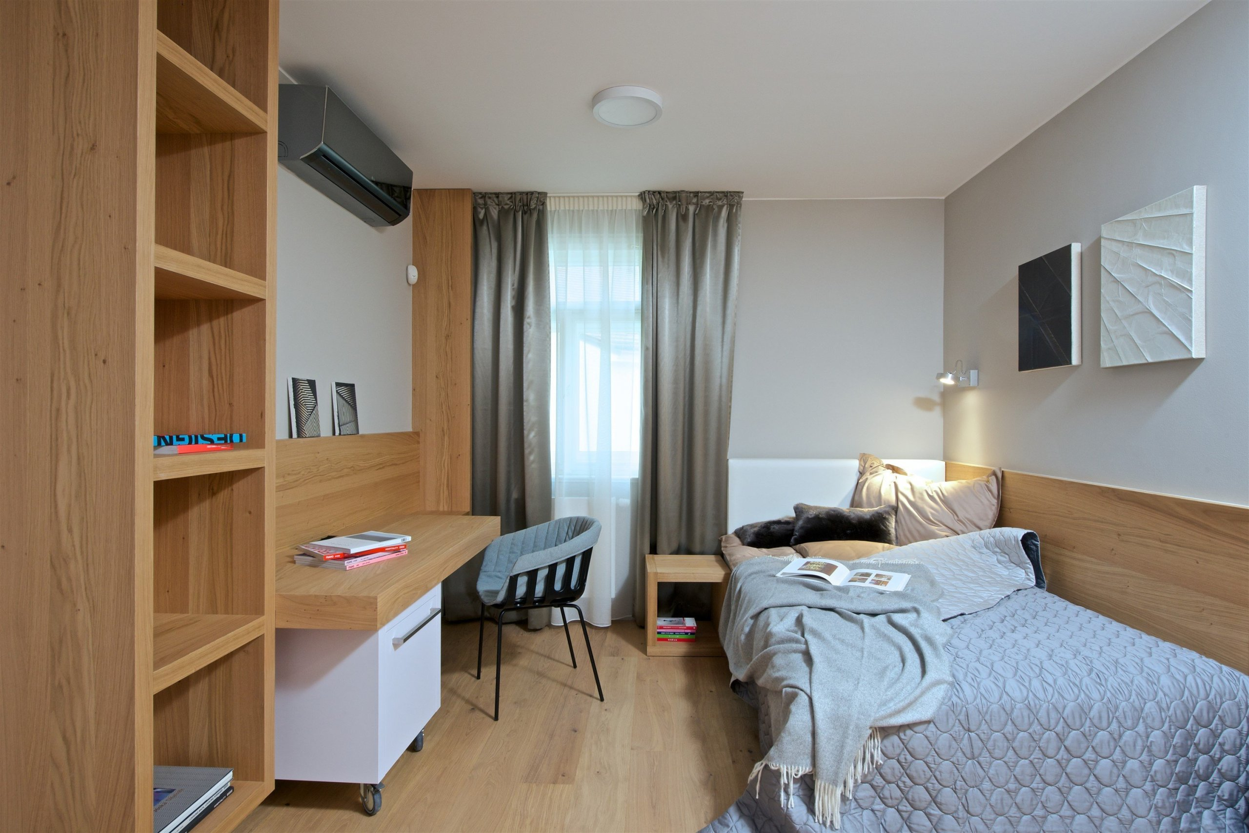 V rámci projektuSquat iD23jsme v bytovém domě v Pařížské ulici č.23 v Praze byli v trochu jiné situaci, než ostatní architekti, kteří na tomto…