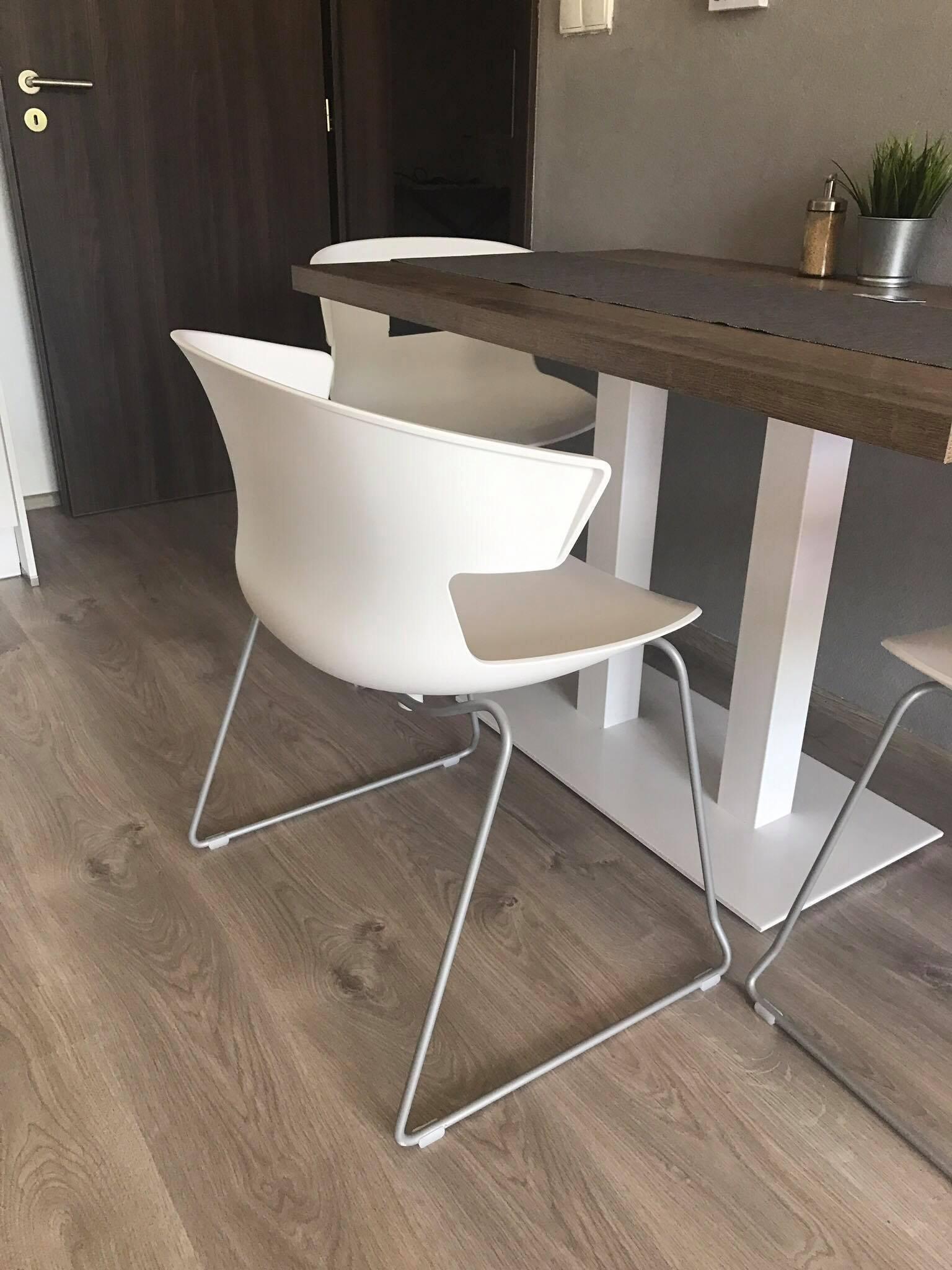 Realizace ložnice a pár kousků i do jídelny a obývacího pokoje