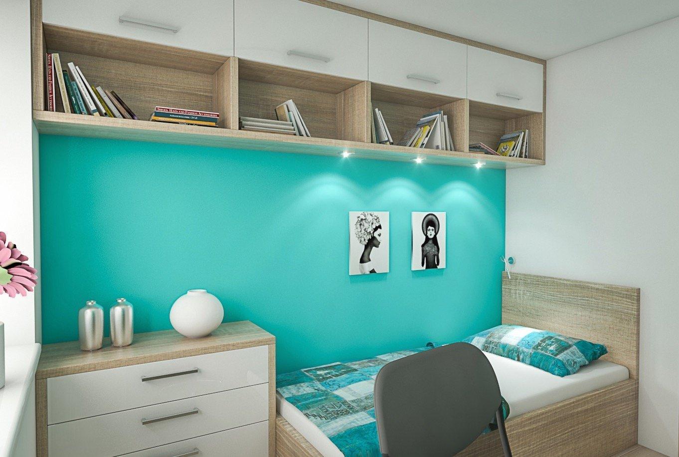 Studentský pokoj v tyrkysové barvě. Vnepříliš velkého prostoru jsme umístili postel s úložným prostorem, vestavěnou skříň, pracovní kout a zavěšenou…
