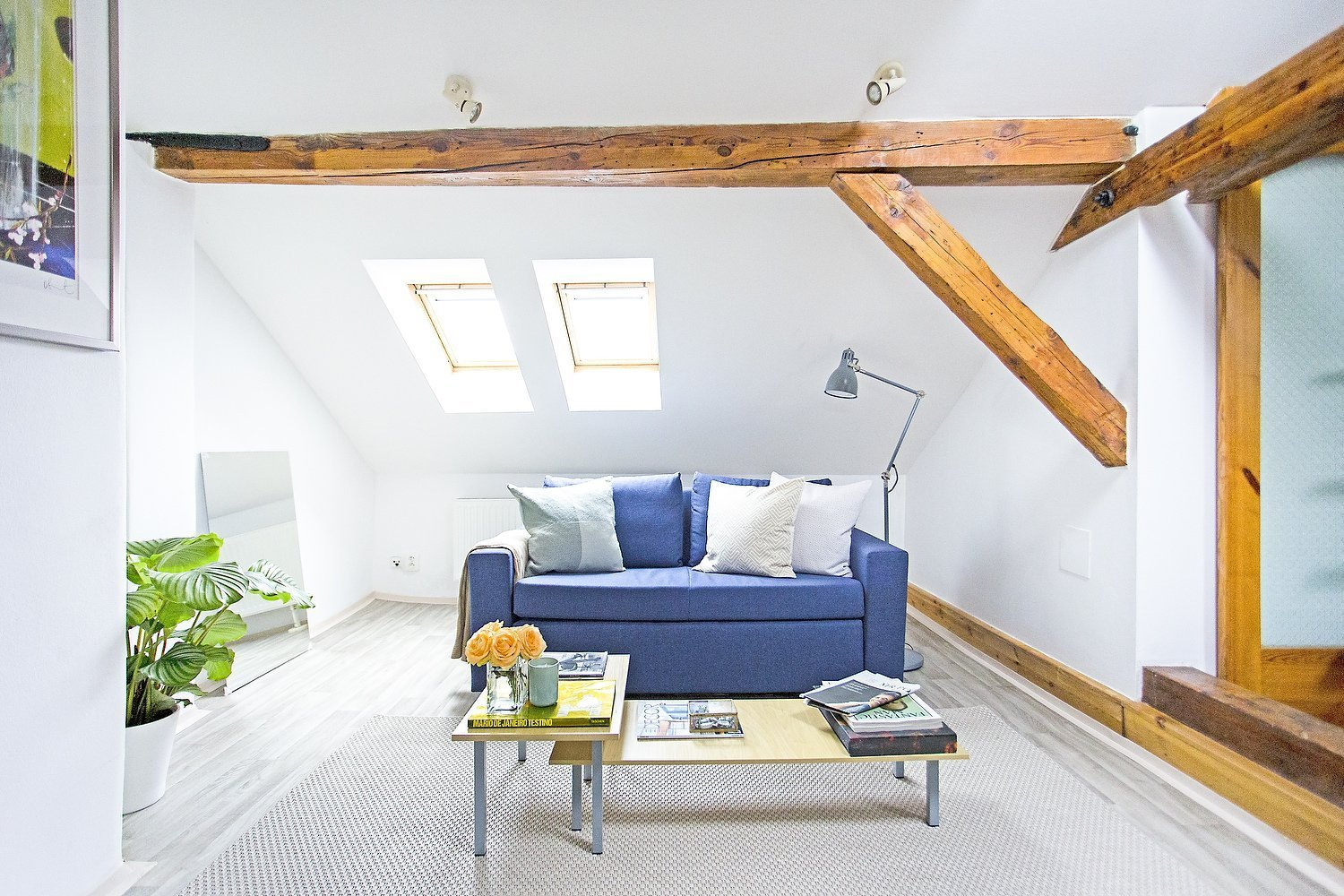 This small attic loft is located in the historical part of Prague, at the feet of the Castle and just a short walk from Charles Bridge.The goal was to…