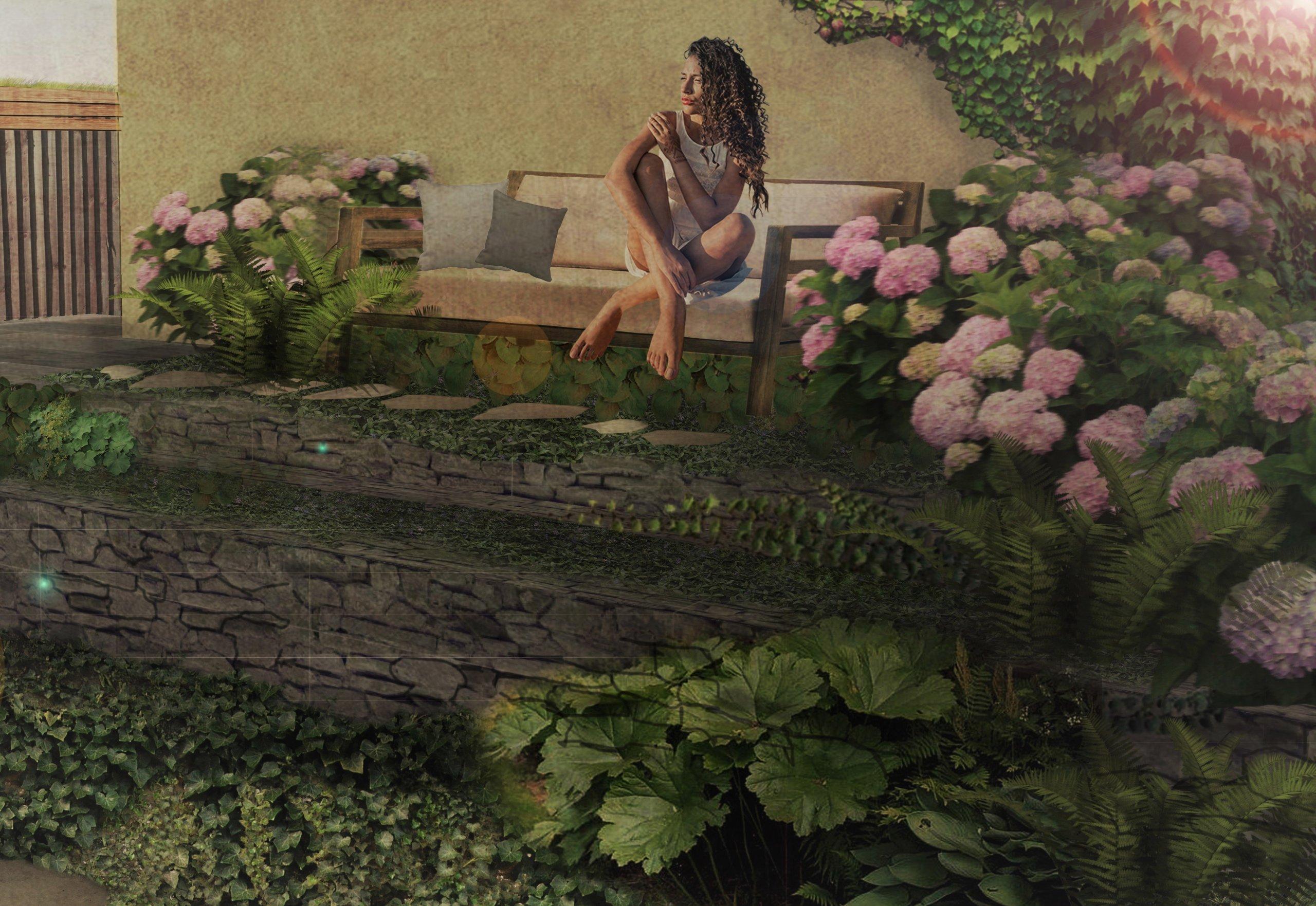 Stinná relaxační část zahrady s hortenziemi a kapradinami.