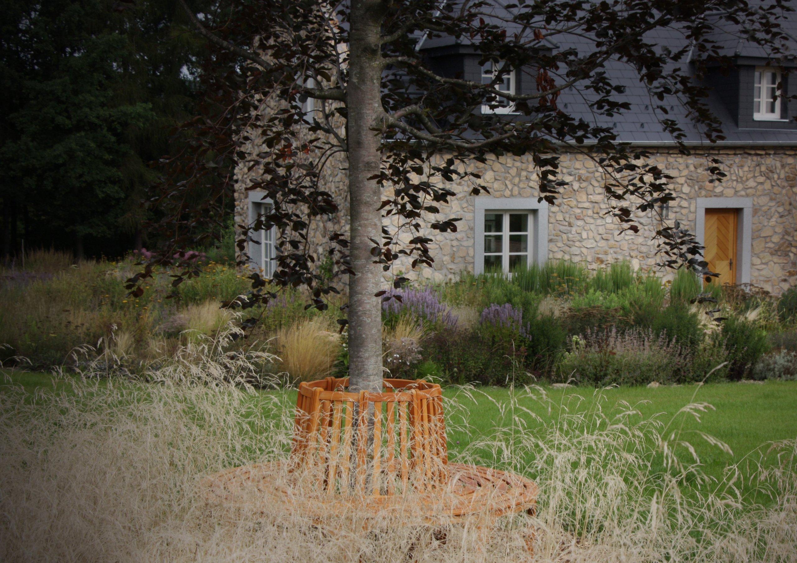 Dům v bretaňském stylu je sladěn se zahradou.