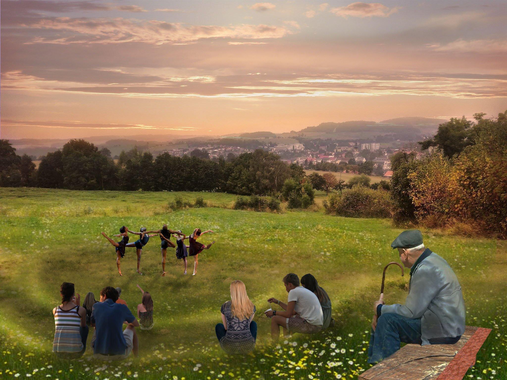 Výhled na Nové Město z navrženého amfiteátru.