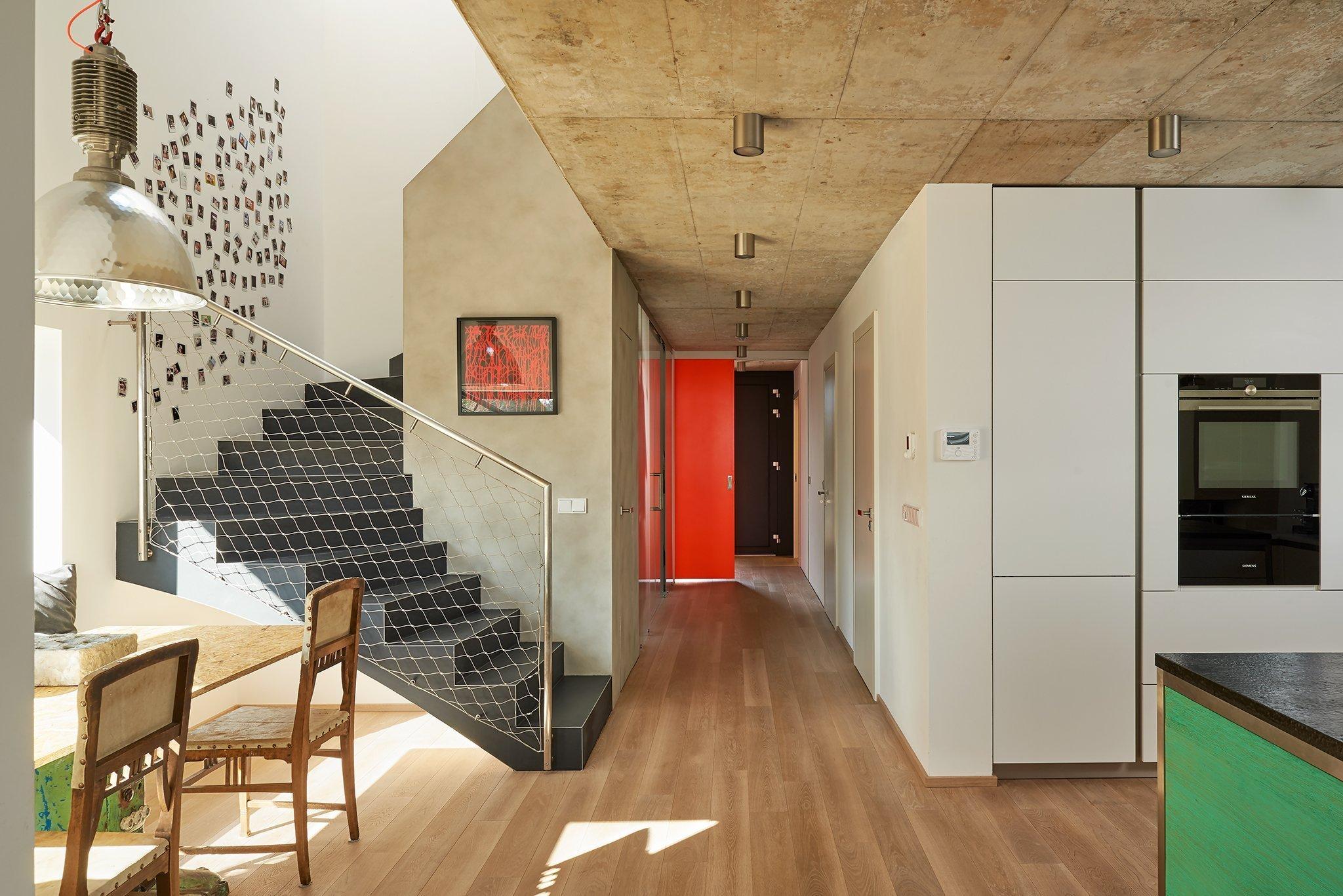 První věc, která v domě na první pohled zaujme, je samotný prostor. V nepřeplněném interiéru je proto místo pro jednotlivé kusynábytkua zajímavé detaily.…