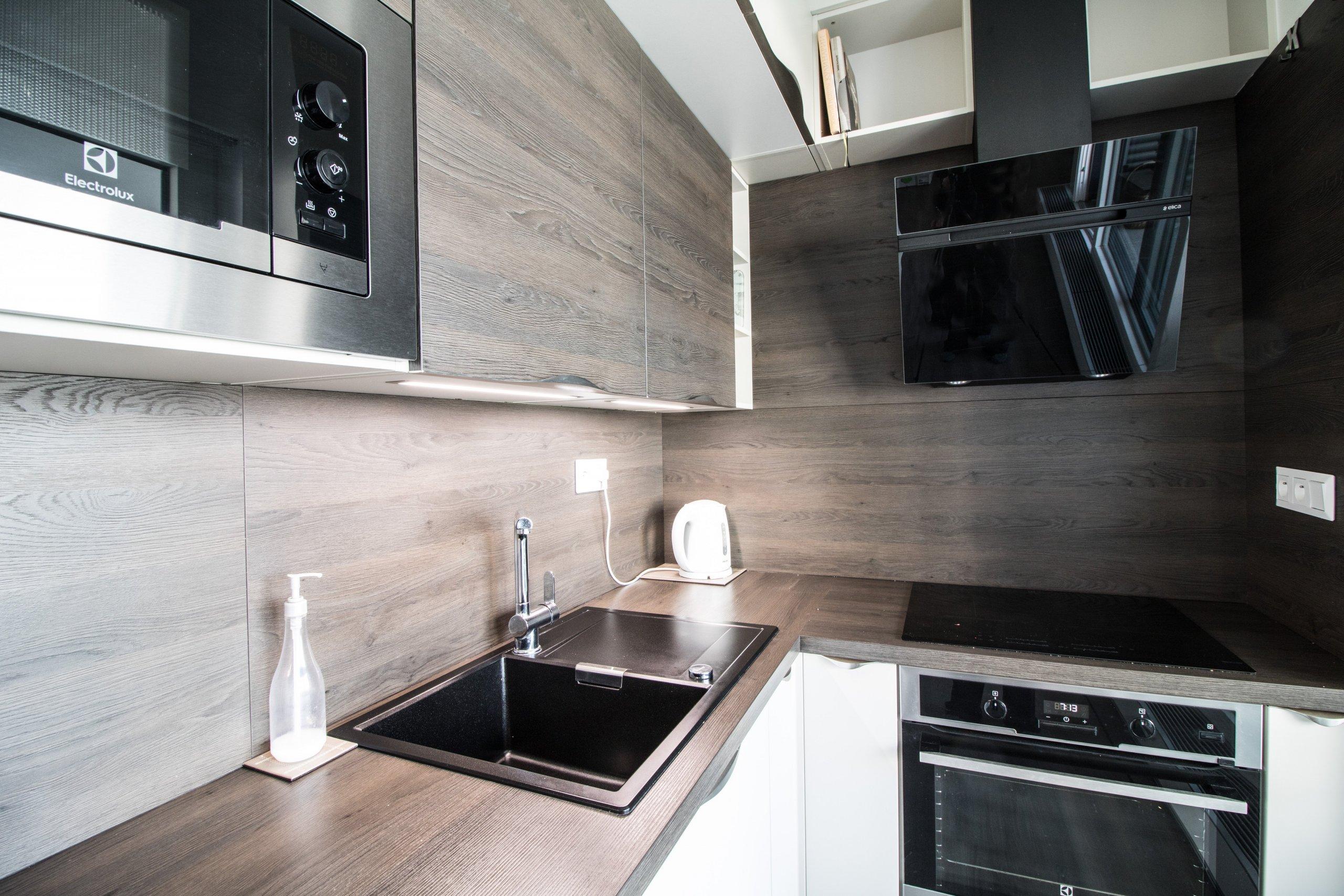 I z maličké kuchyně se dá vykouzlit místo, ze kterého nebudete chtít odejít.