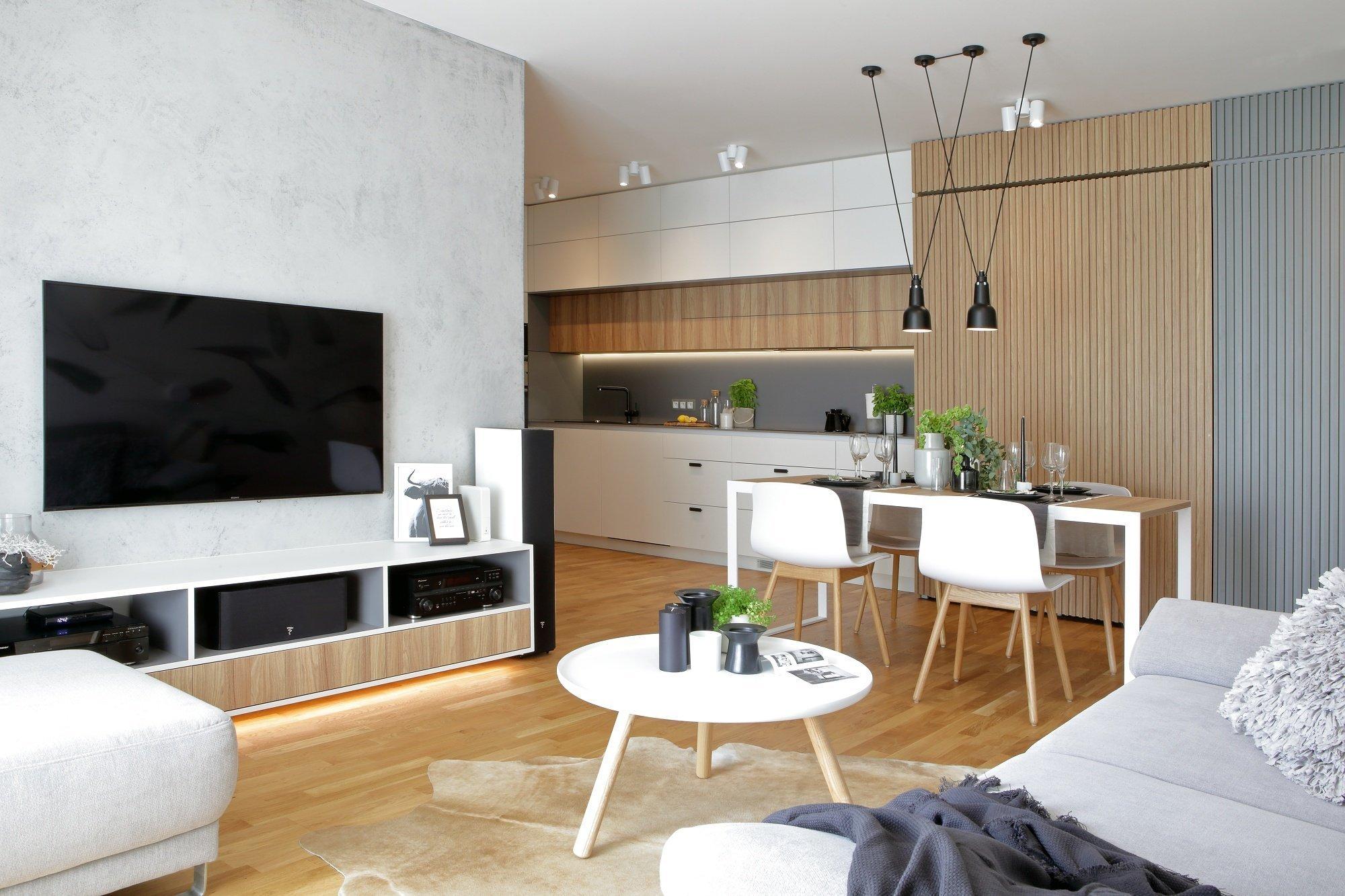 Na tomto projektu jsme začali pracovat v listopadu roku 2016, kdy byt byl ve fázi hrubé stavby a s klienty jsme začali vybírat standardy. Aktivnější…