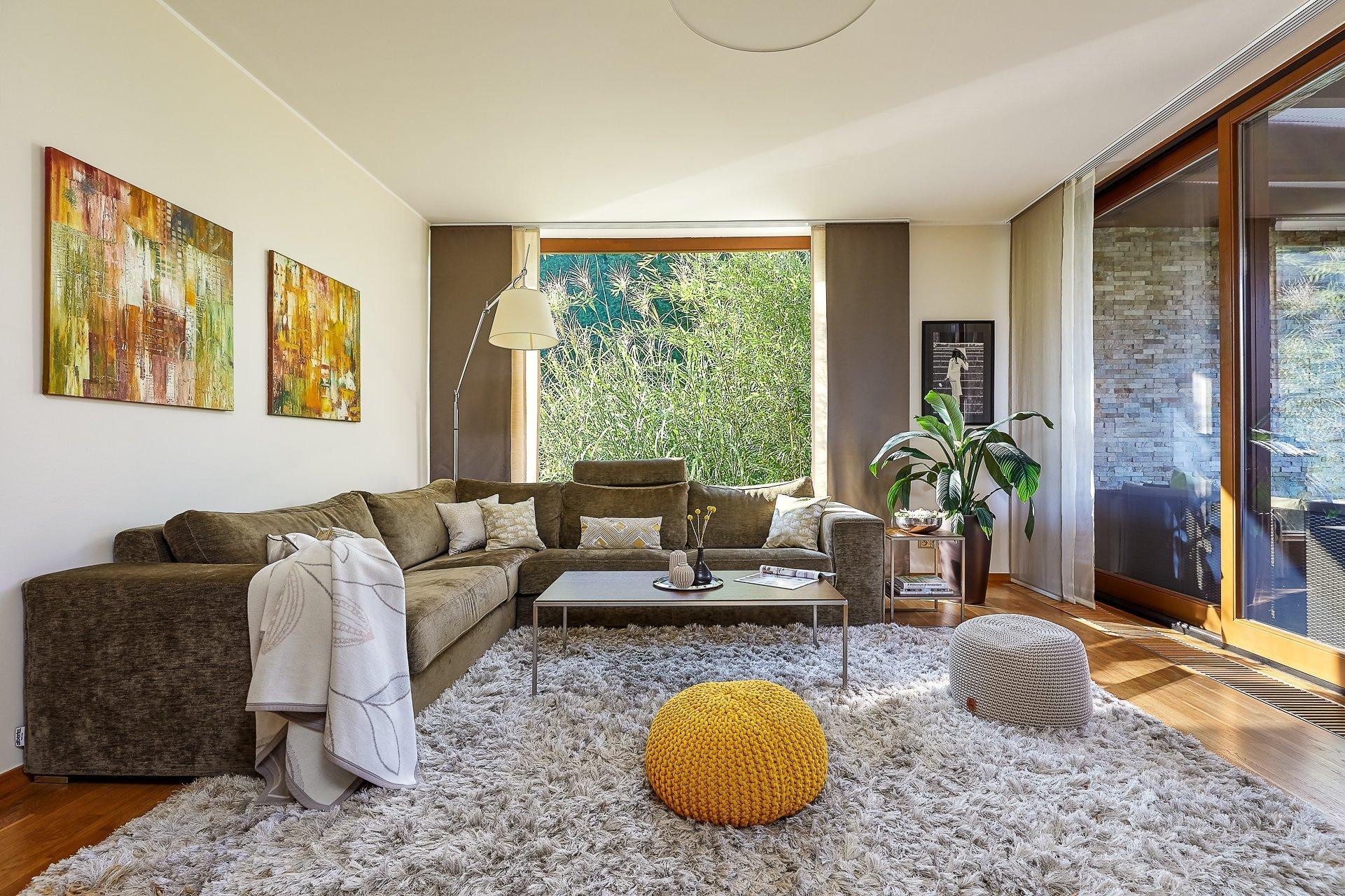 Zadáním pro tento projekt bylo vytvoření moderního, přívětivého a potizivně laděného prostoru pro čtyřčlennou rodinu. Samo prostředí napomáhá vytvářet…