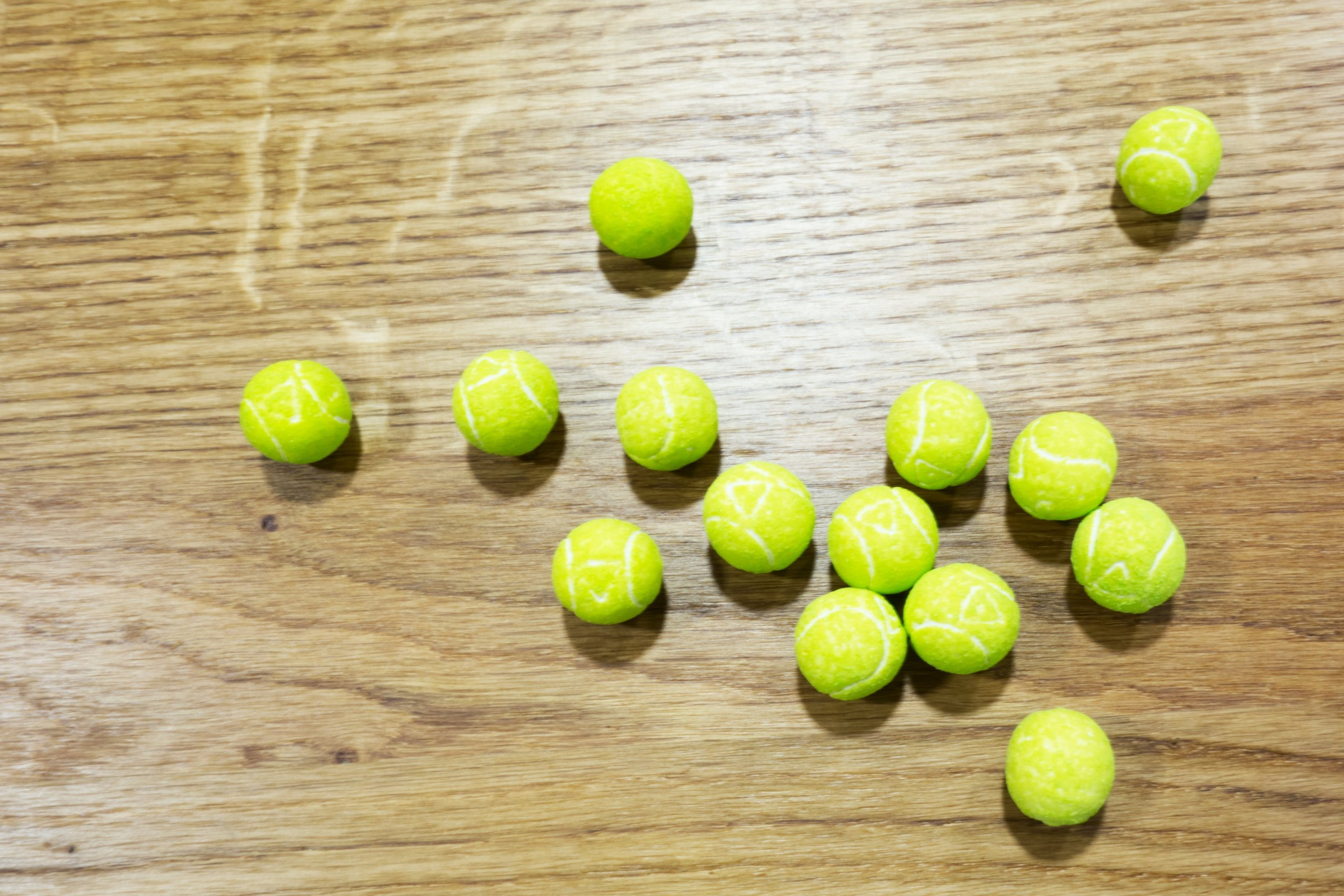 tenisové míčky - žvýkačky