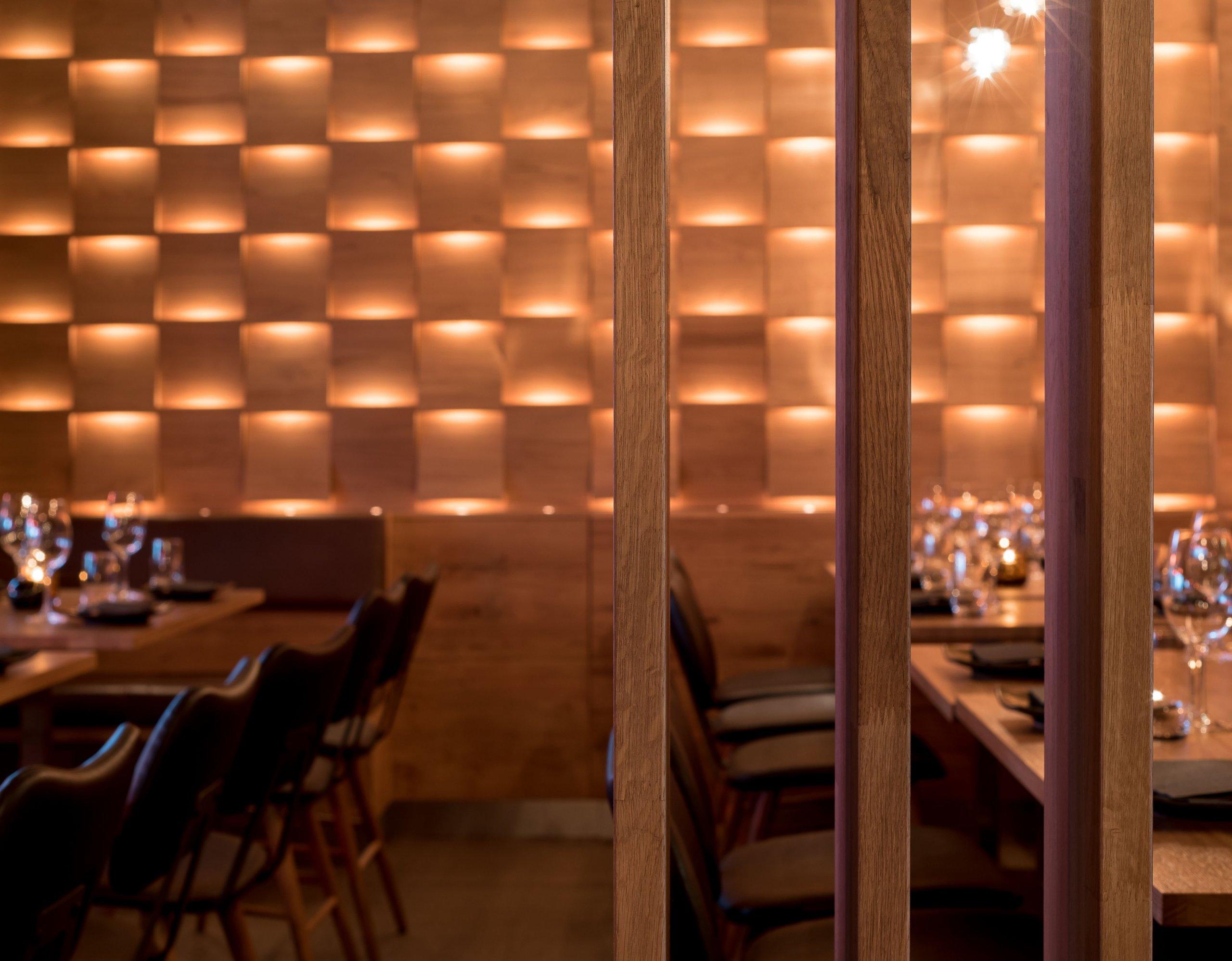 Restaurace Hinoki vítá návštěvníky příjemným moderním interiérem sdůrazem na použití přírodních materiálů. Hlavní roli zde hraje světlo, které díky…