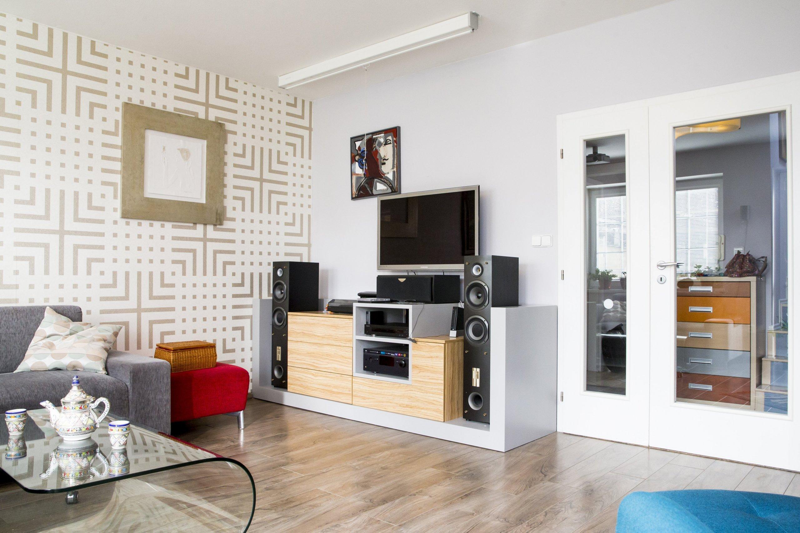 Mé klienty často zajímá, jak architektka žije a jak to u ní doma vypadá. Proto jsem se rozhodla zveřejnit fotografie svého bydlení a připsat knim pár…