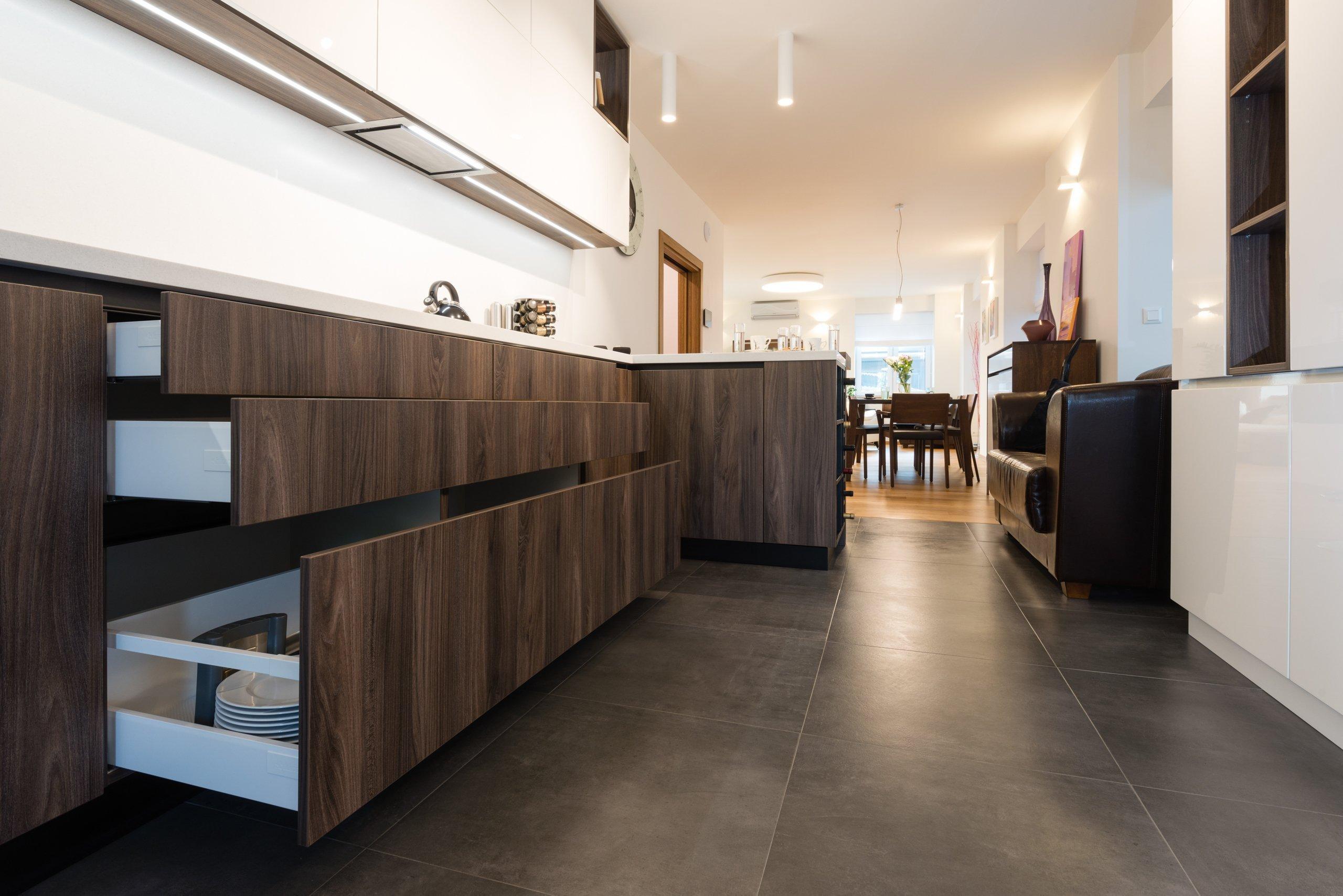 Návrh a realizácia FHA - FullHouse Architecture - naša ďalšia úspešná realizácia interiéru rekonštruovaného rodinného domu v Bratislave. Majiteľom prajeme…