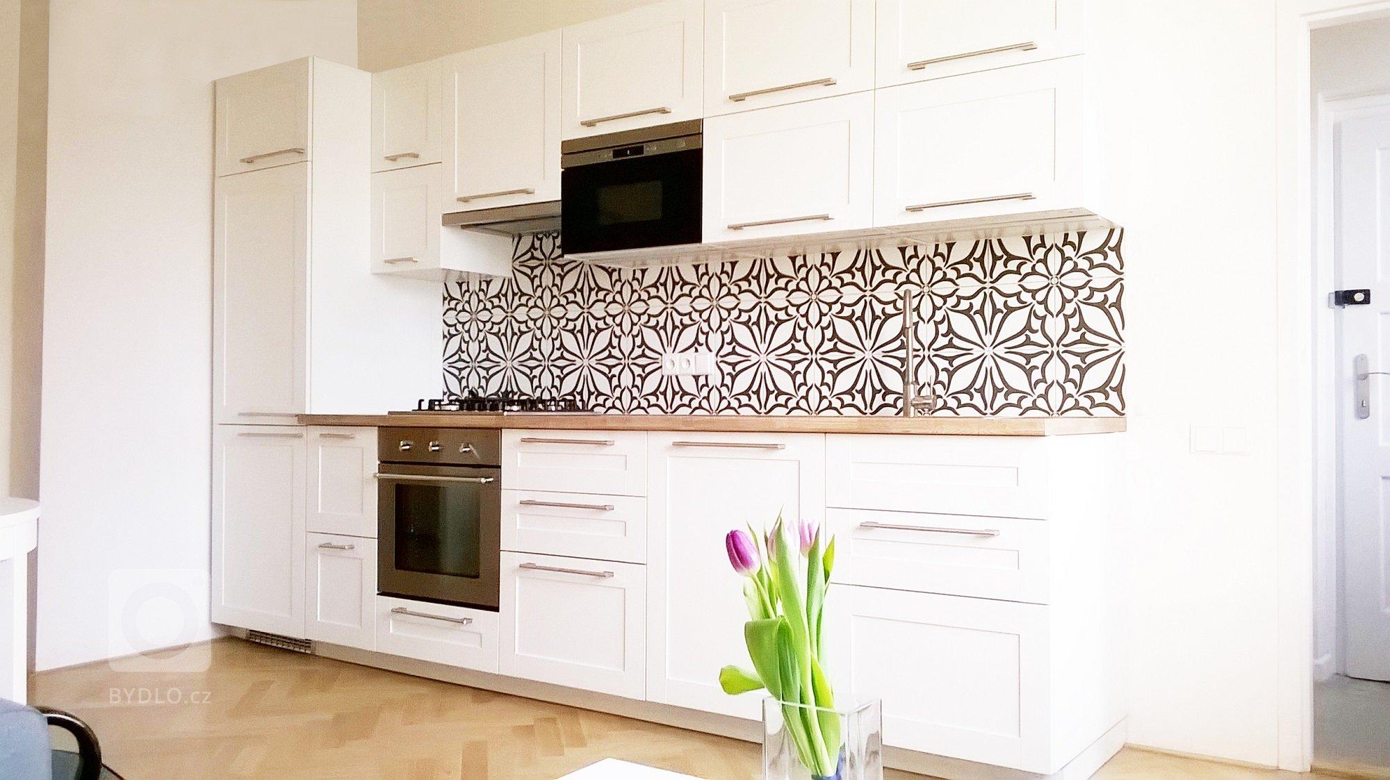 Rekonstrukce bytu na Pankráci - kuchyň