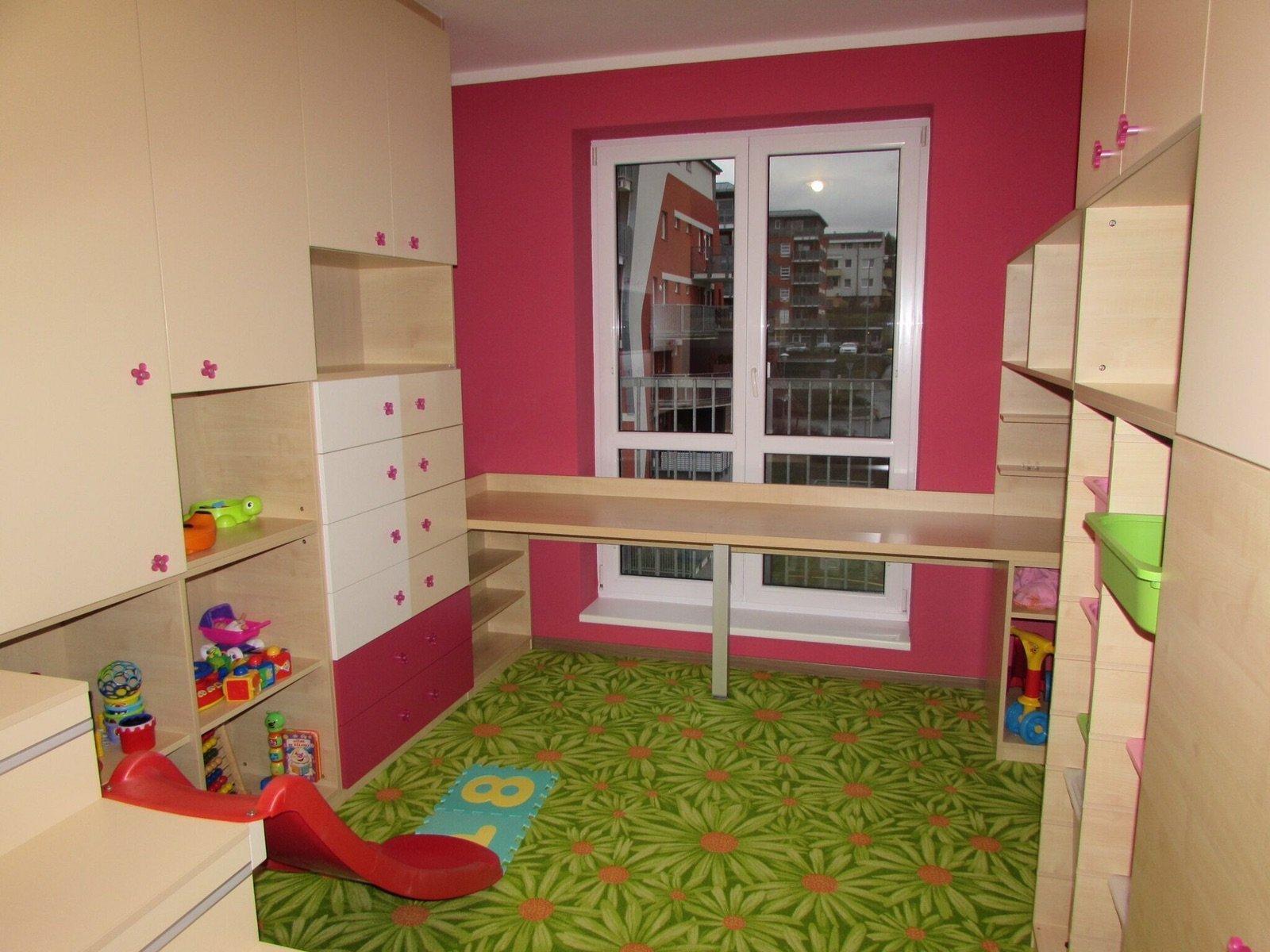 dětský pokoj se skluzavkou