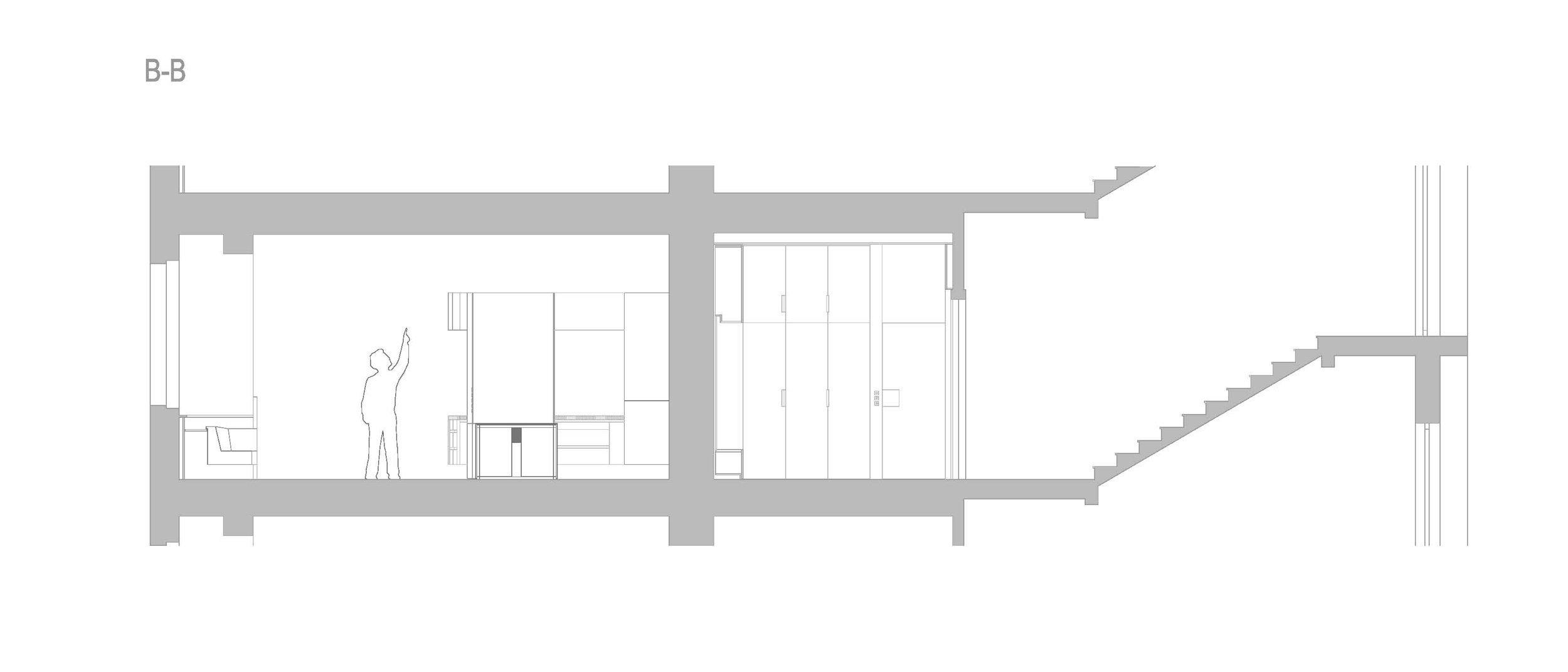 V době svého vzniku byl v prvním patře secesního činžovního domu jeden byt. V éře komunismu brutálně a necitlivě rozdělen na tři jednotky. Klient koupil tato…