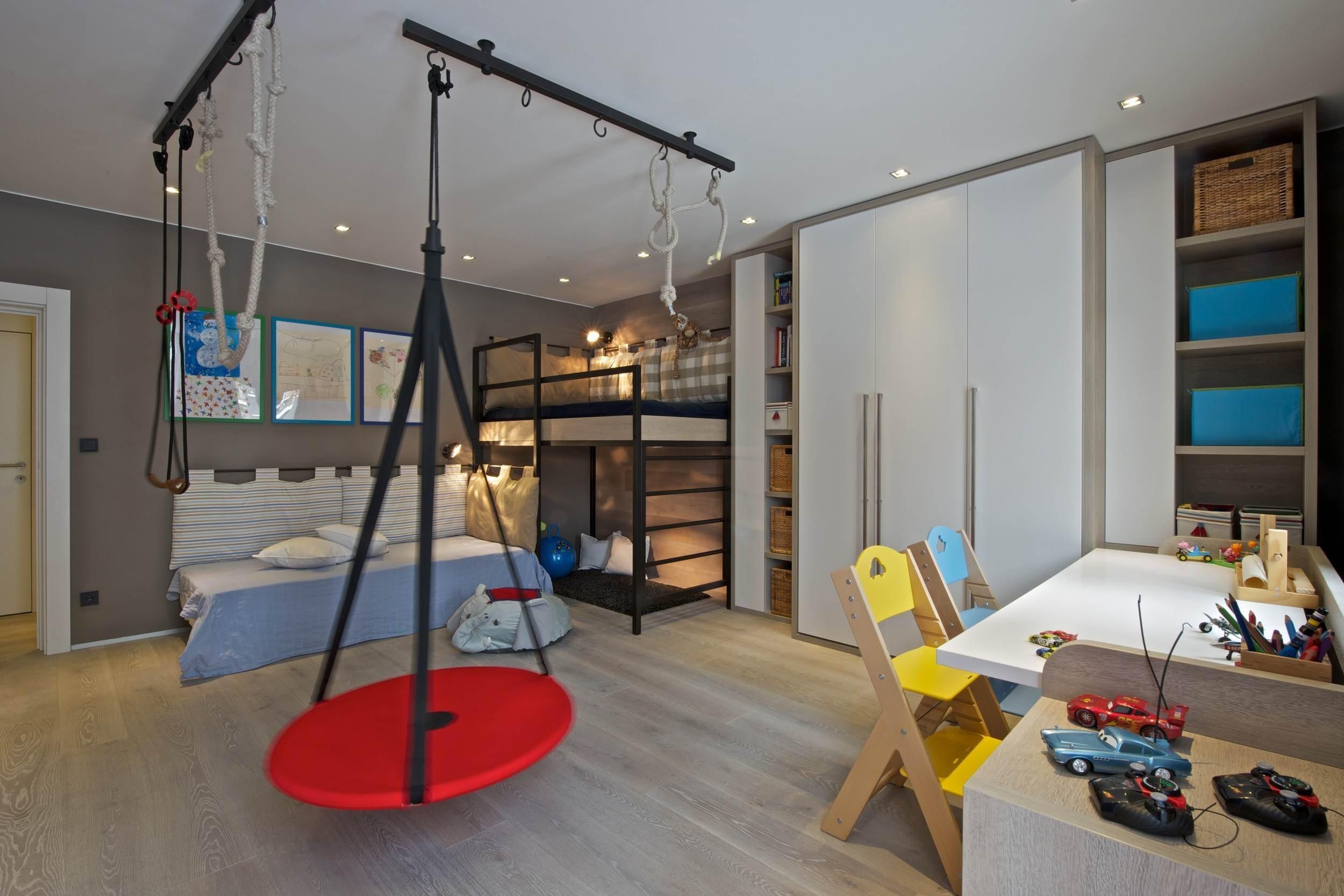 POHODLNÝ BYT PRO ČTYŘČLENNOU RODINU  Vycházízobdivukeskandinávskému stylu bydlení, přírodním materiálůmasvětlým barvám.…