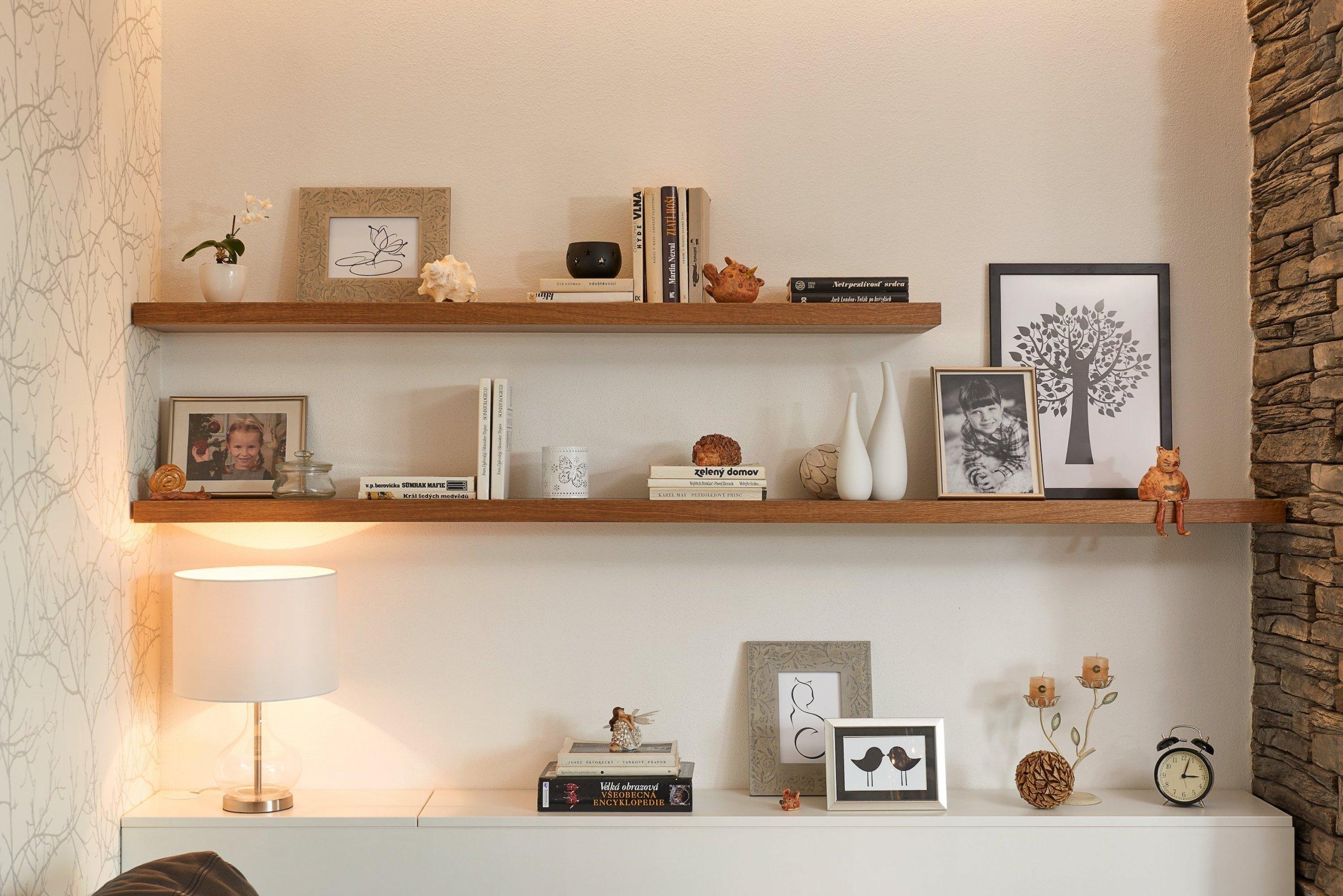 Zadáním pro tento projekt bylo využití dřeva, skla a kamene v komibinaci s neutrálními barvami. Cílem bylo vytvořit příjemný, nadčasový interiér v moderním…