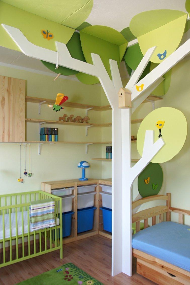 Dětský pokoj se stromy