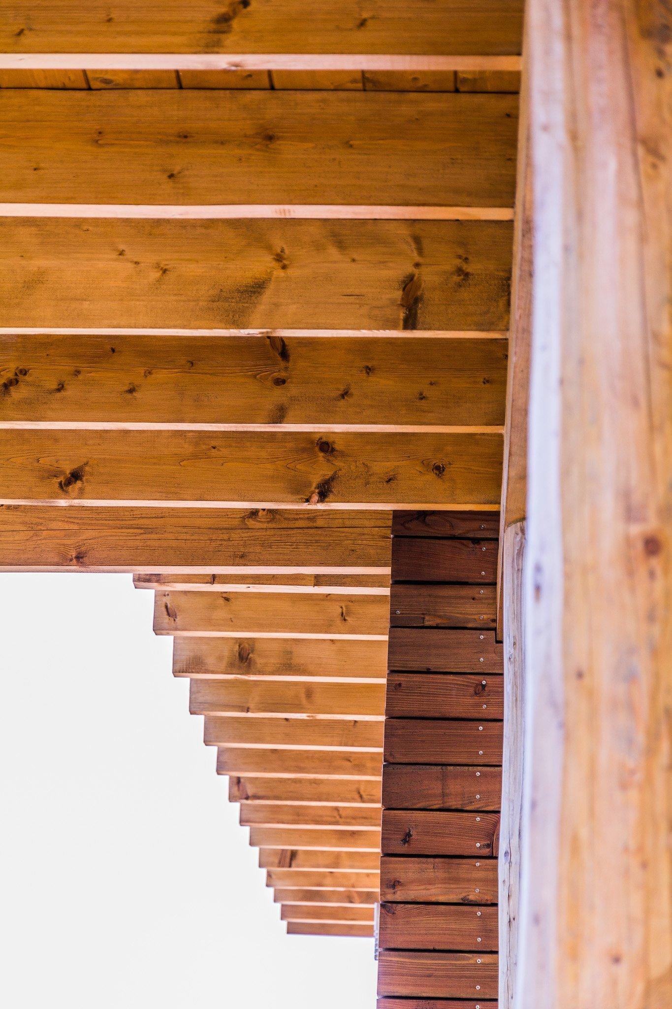 Dřevěné fasády, obložení ,trámy...