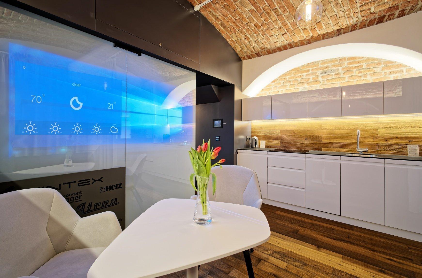 Jsme spolutvůrci jedinečného projektu Ing. Arch. Adama Rujbra, který se nazývá Living Showroom. Jednalo se o realizaci interiéru atypického nevyužívaného…