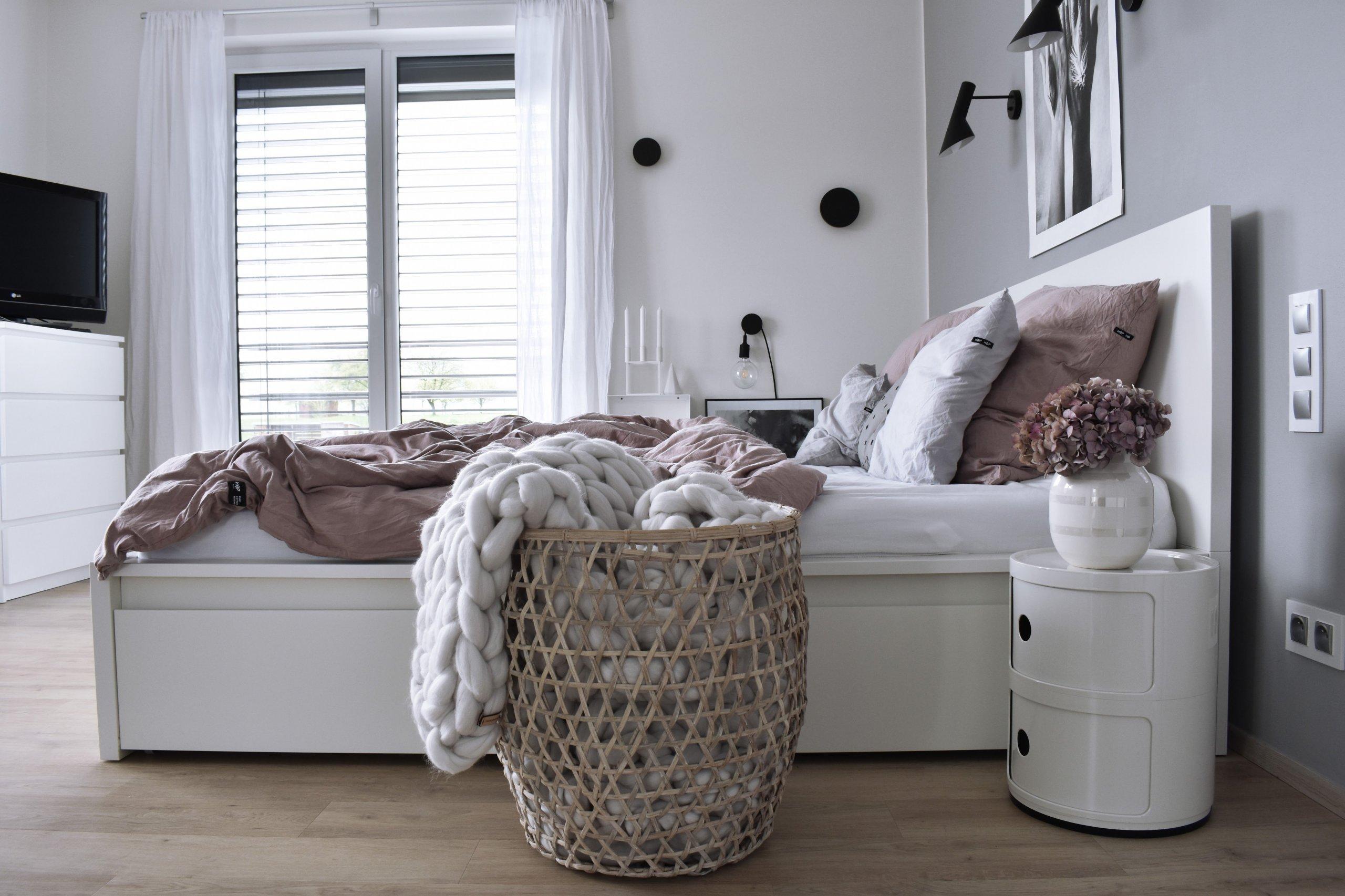Skandinávský styl bydlení si vposlední době získává stále více příznivců ivnašich zeměpisných šířkách. Světlý avzdušný styl učaroval i…