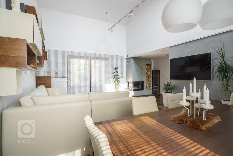 Rekonstrukce obývacího pokoje s jídelním koutem