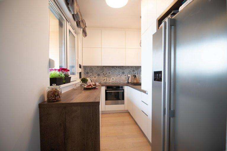 Malá kuchyň s maximálně využitým prost