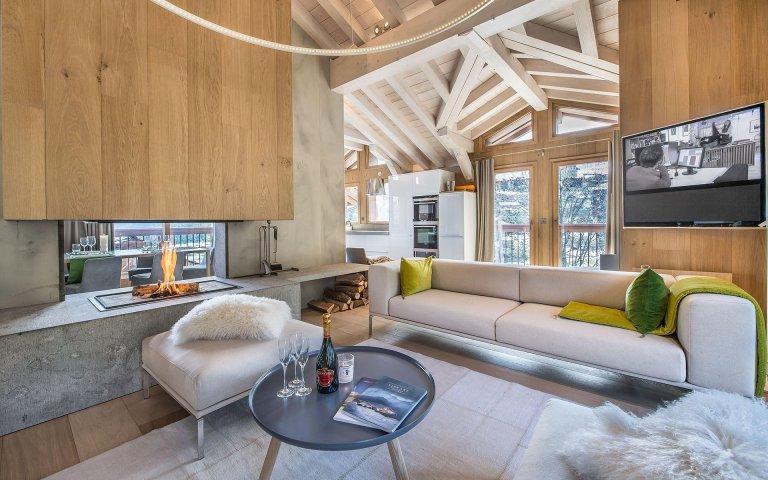 Moderní chata v horách