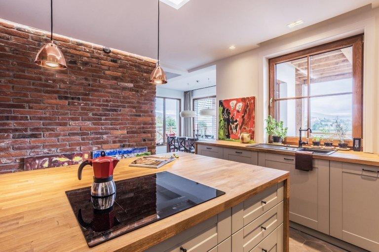 Rodinný dům s kouzelnou kuchyní