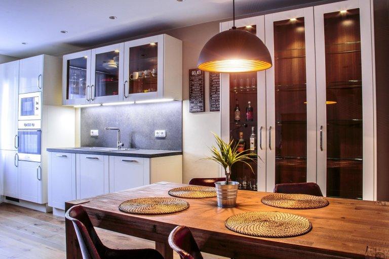 Kuchyně je bezpochyb jedním z nejdůležitějších míst domova. Stává se centrem působení celé rodiny, ale také místem k vytváření kulinářských zážitků.