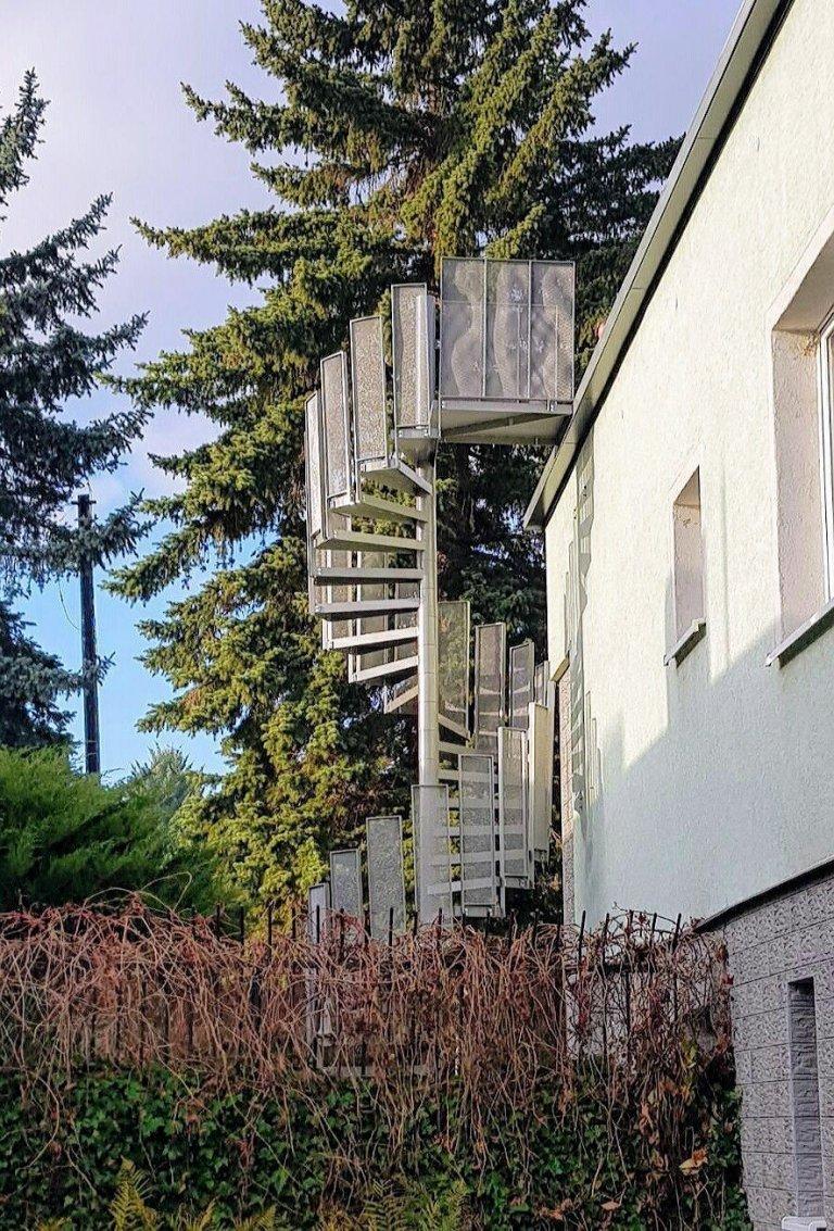 Točité venkovní schodiště