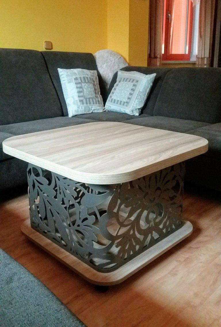 Konferenčí stolek 1