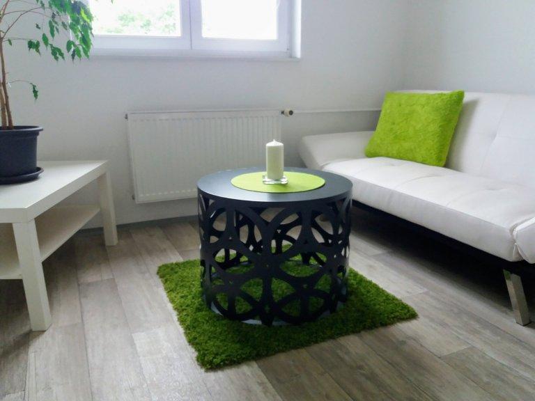 Konferenční stolek 2
